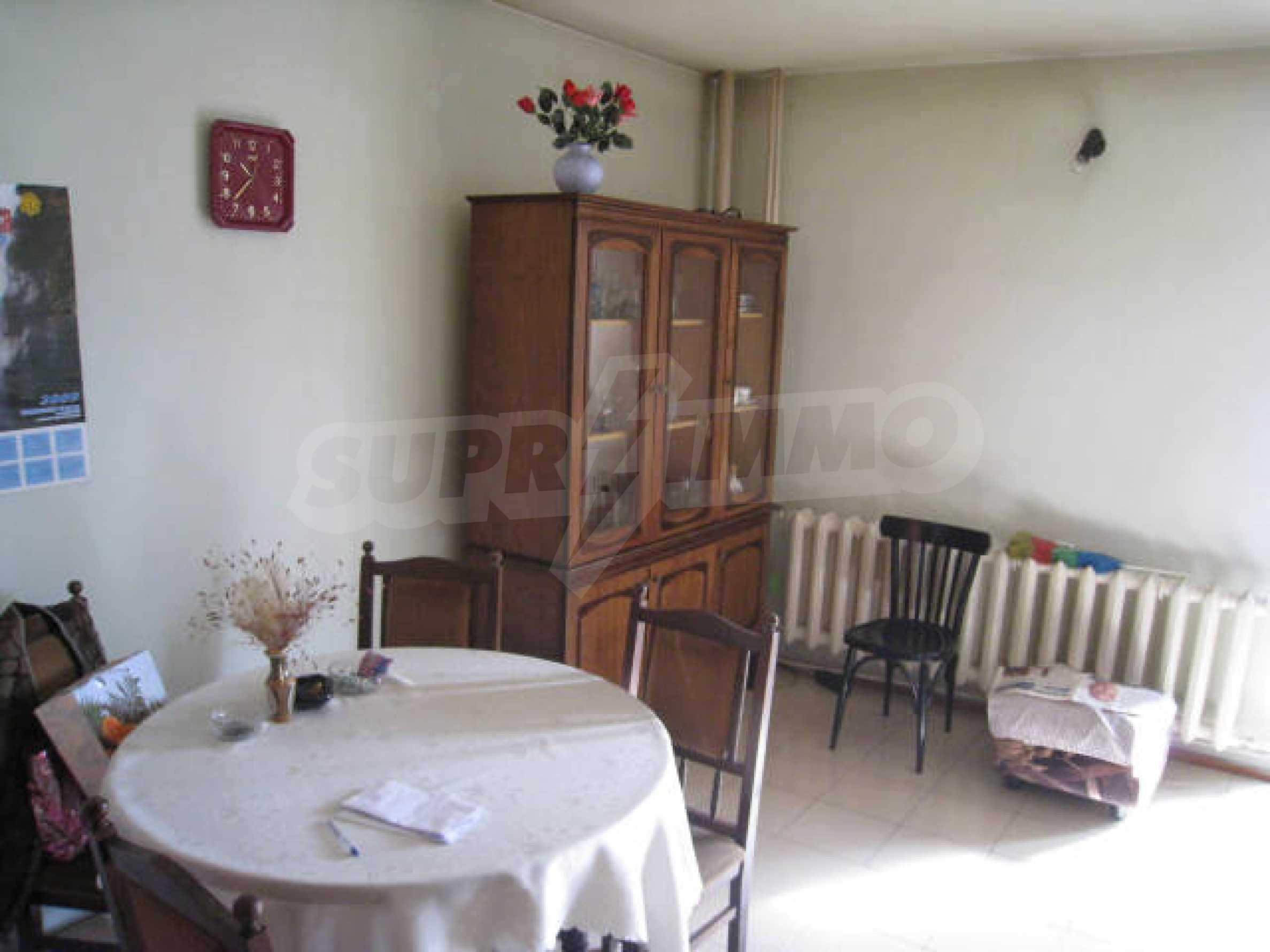 Продажа дома вблизи г. София 10