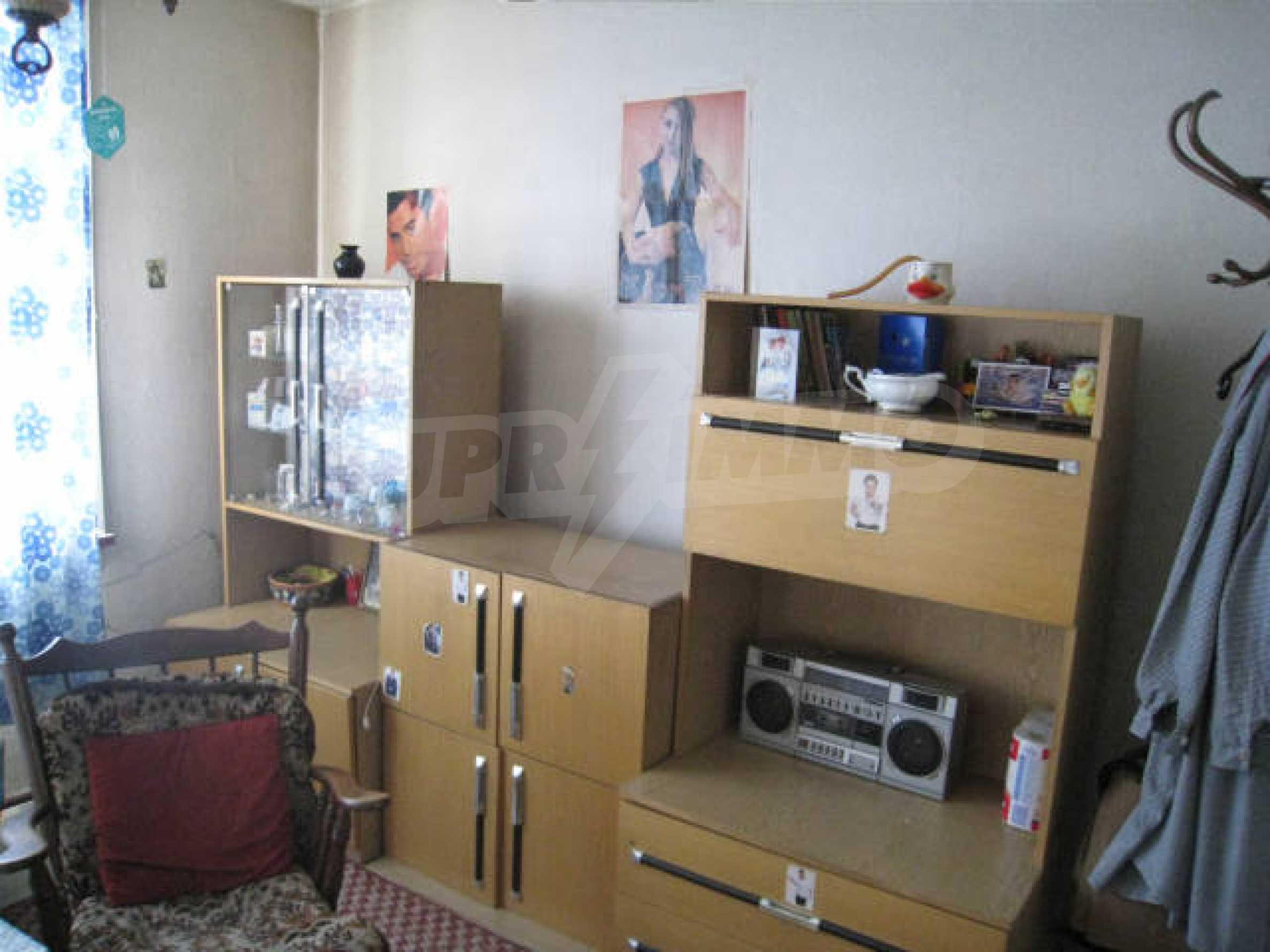 Продажа дома вблизи г. София 11