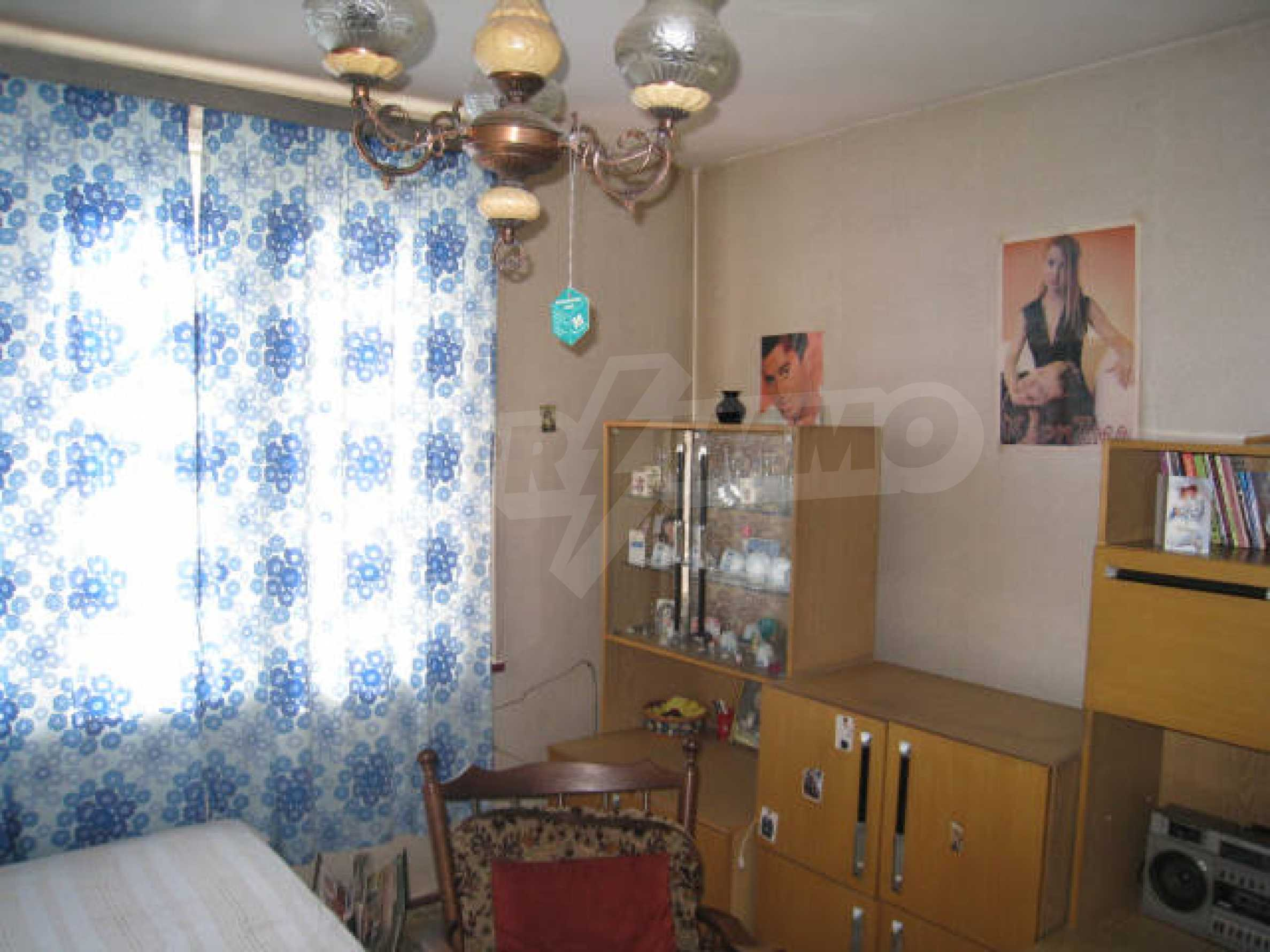 Продажа дома вблизи г. София 12