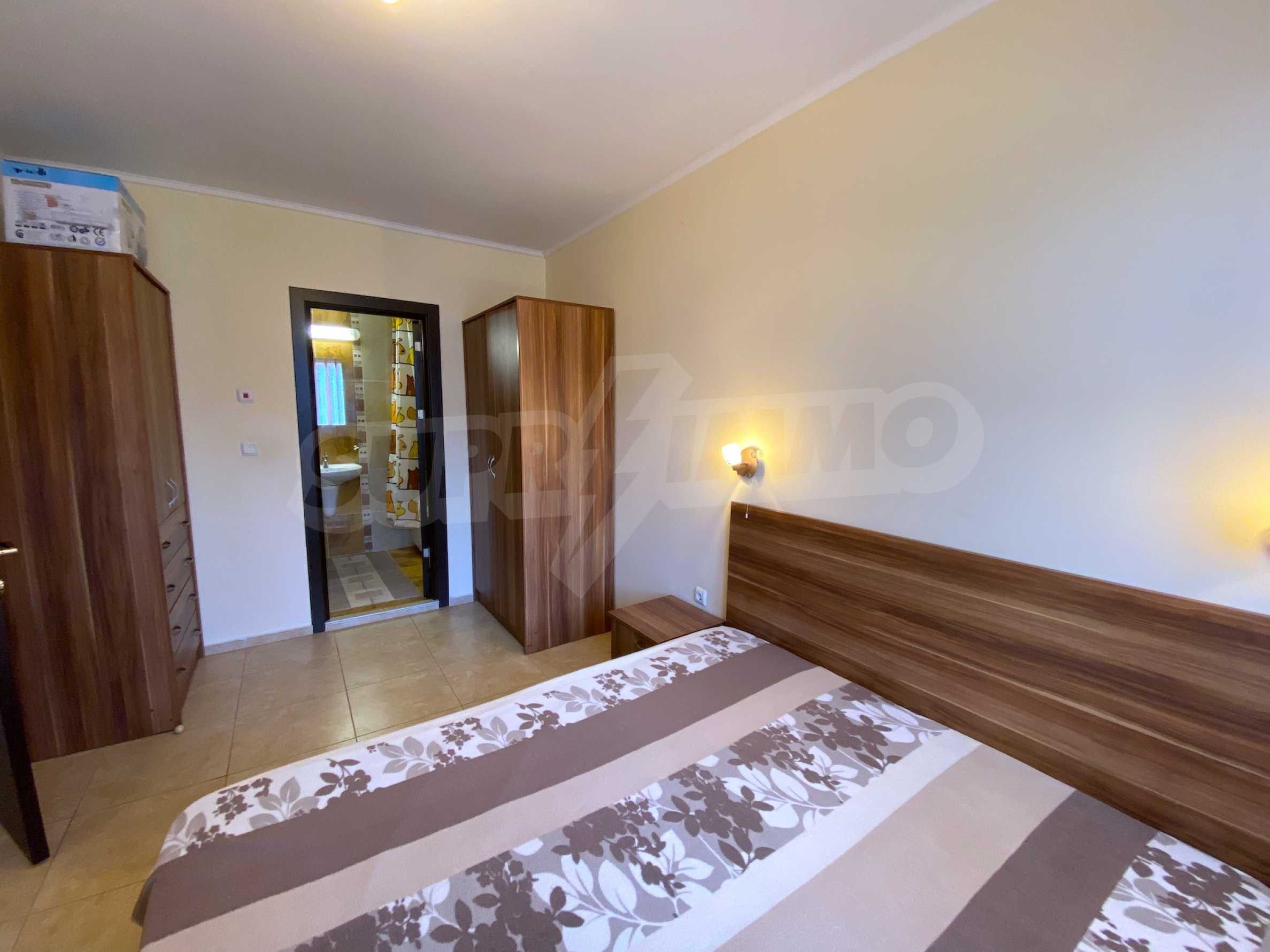 Comfortable apartment in a complex with pool 200 meters from the beach 16