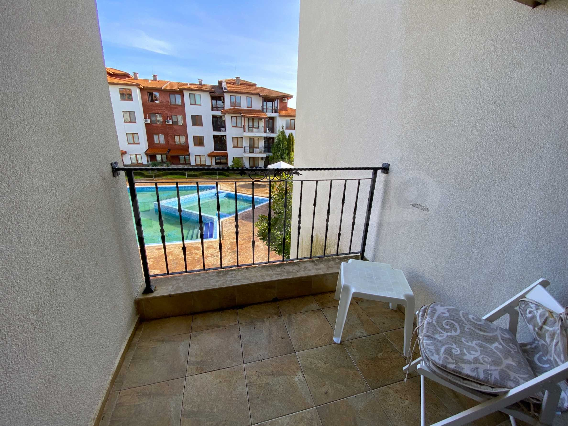 Comfortable apartment in a complex with pool 200 meters from the beach 20