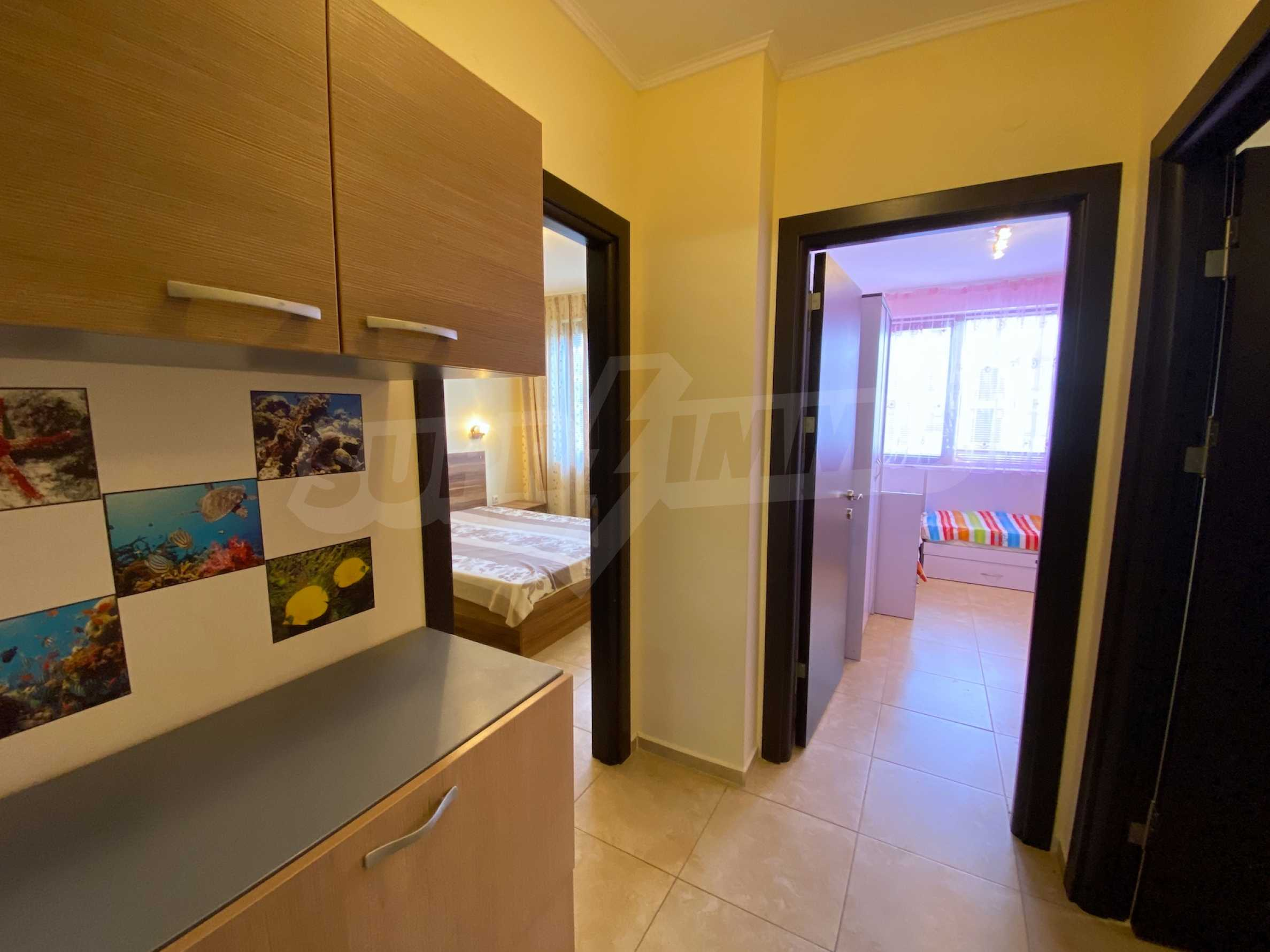 Comfortable apartment in a complex with pool 200 meters from the beach 8