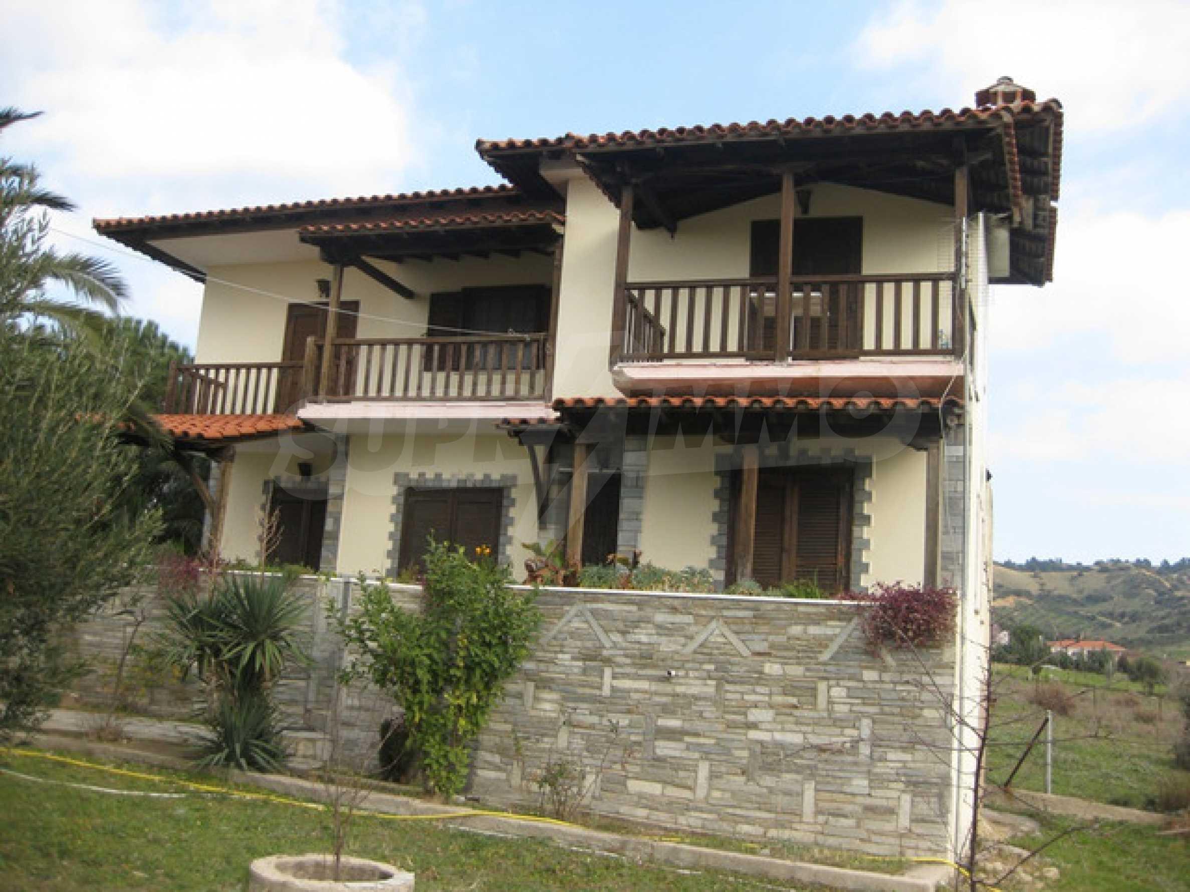 Къща  в  Никити 2