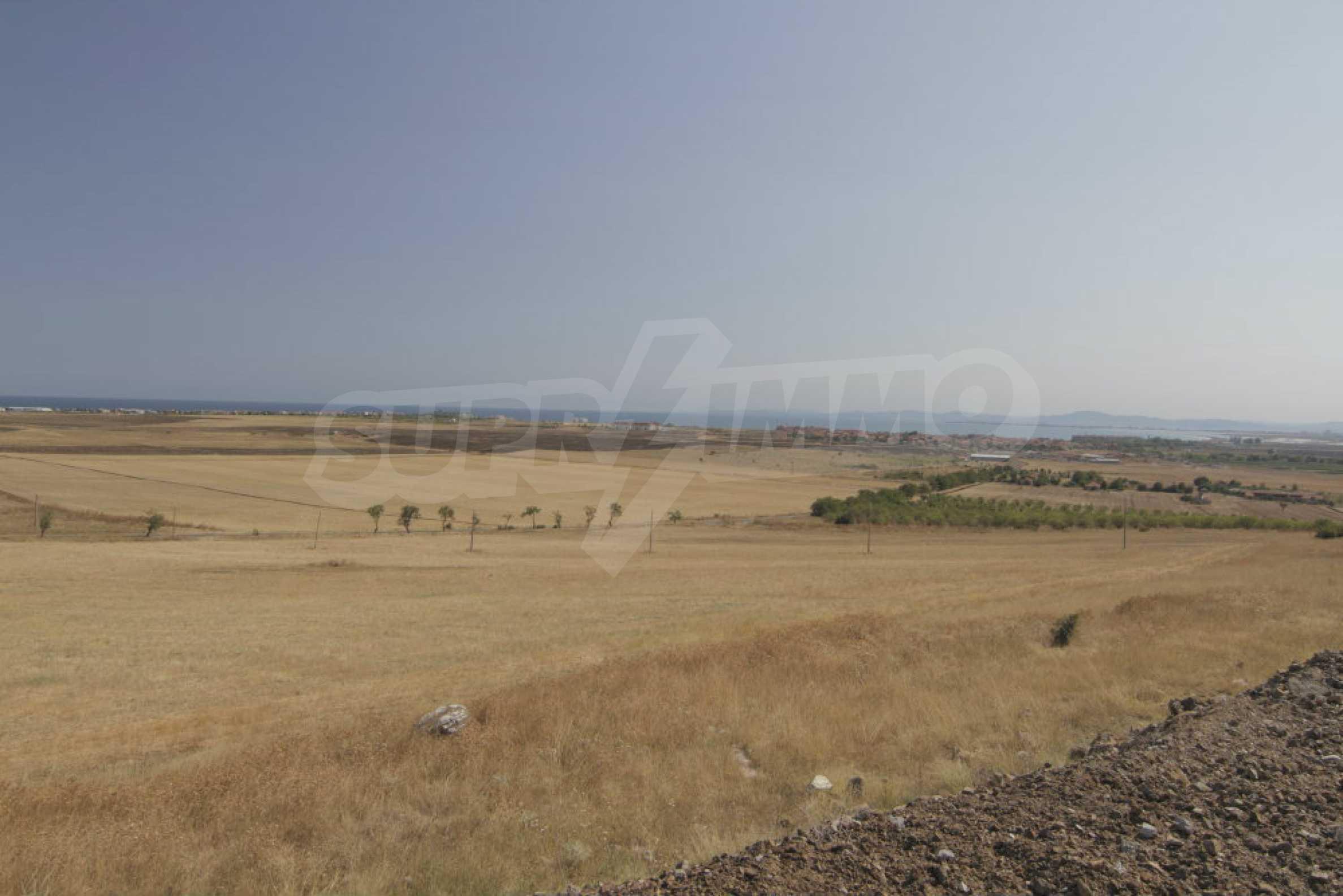 Земельный участок с видом на море вблизи Солнечного берега, г. Ахелой и с. Тынково 1