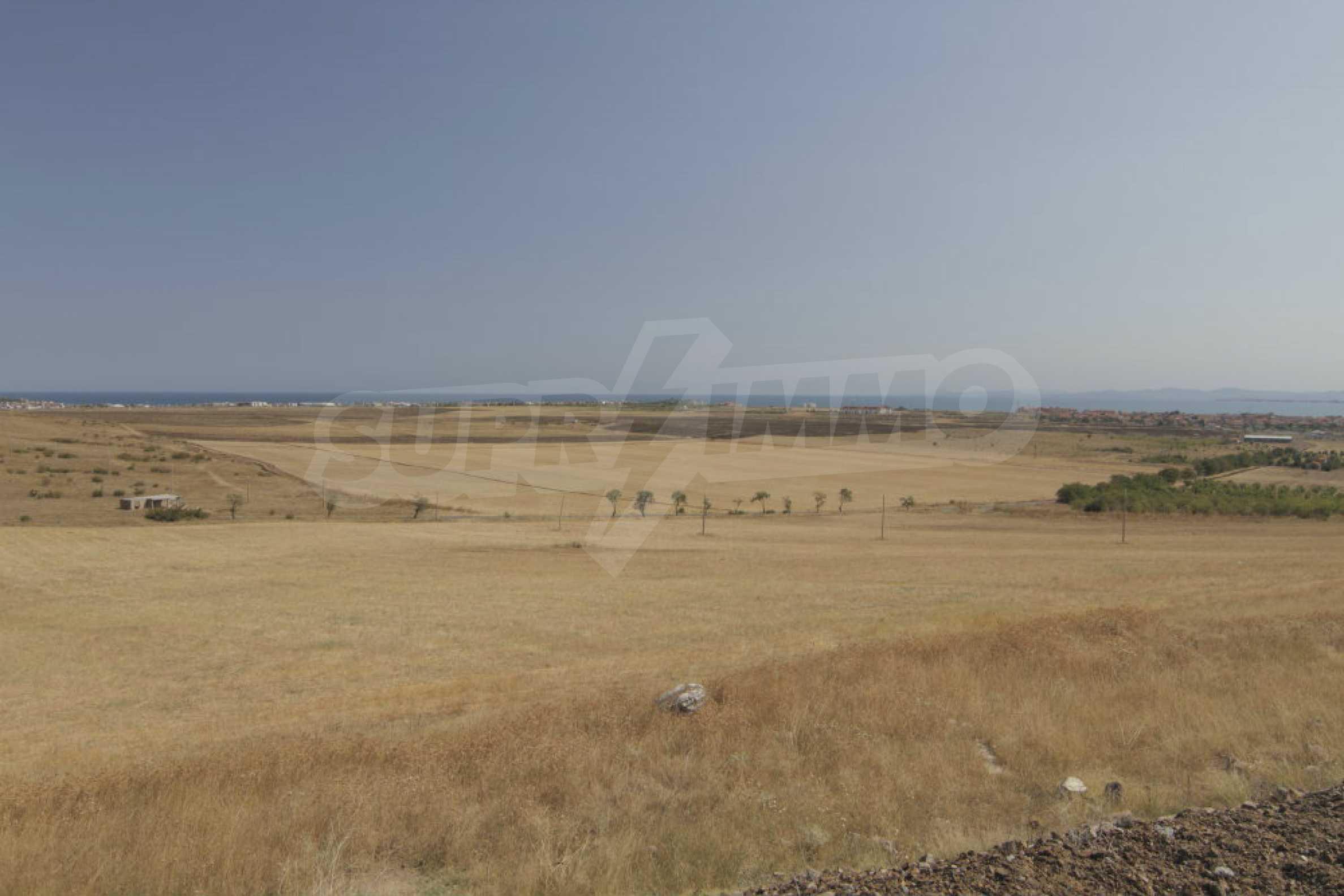 Земельный участок с видом на море вблизи Солнечного берега, г. Ахелой и с. Тынково 2