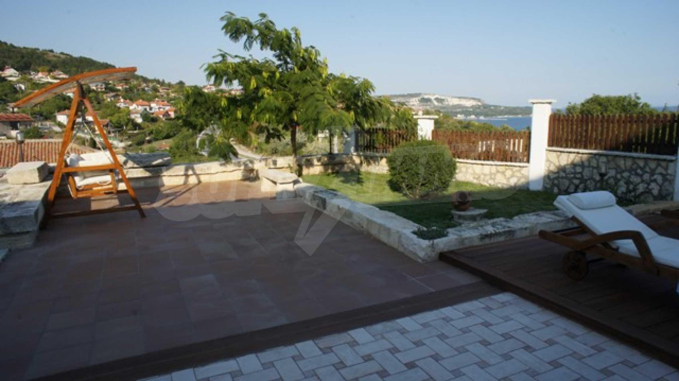 The Mediterranean style - a sense of luxury 19