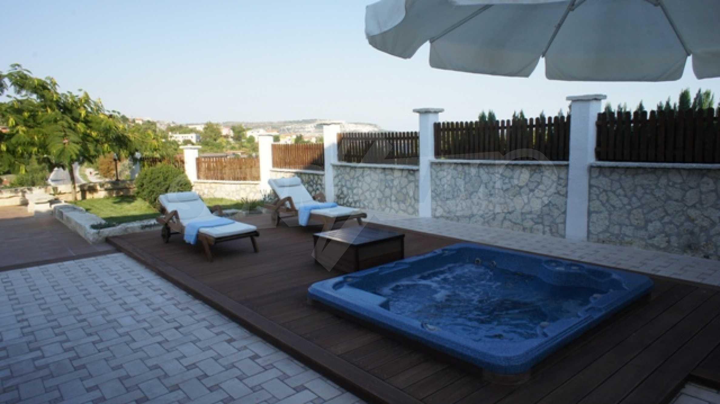 The Mediterranean style - a sense of luxury 21