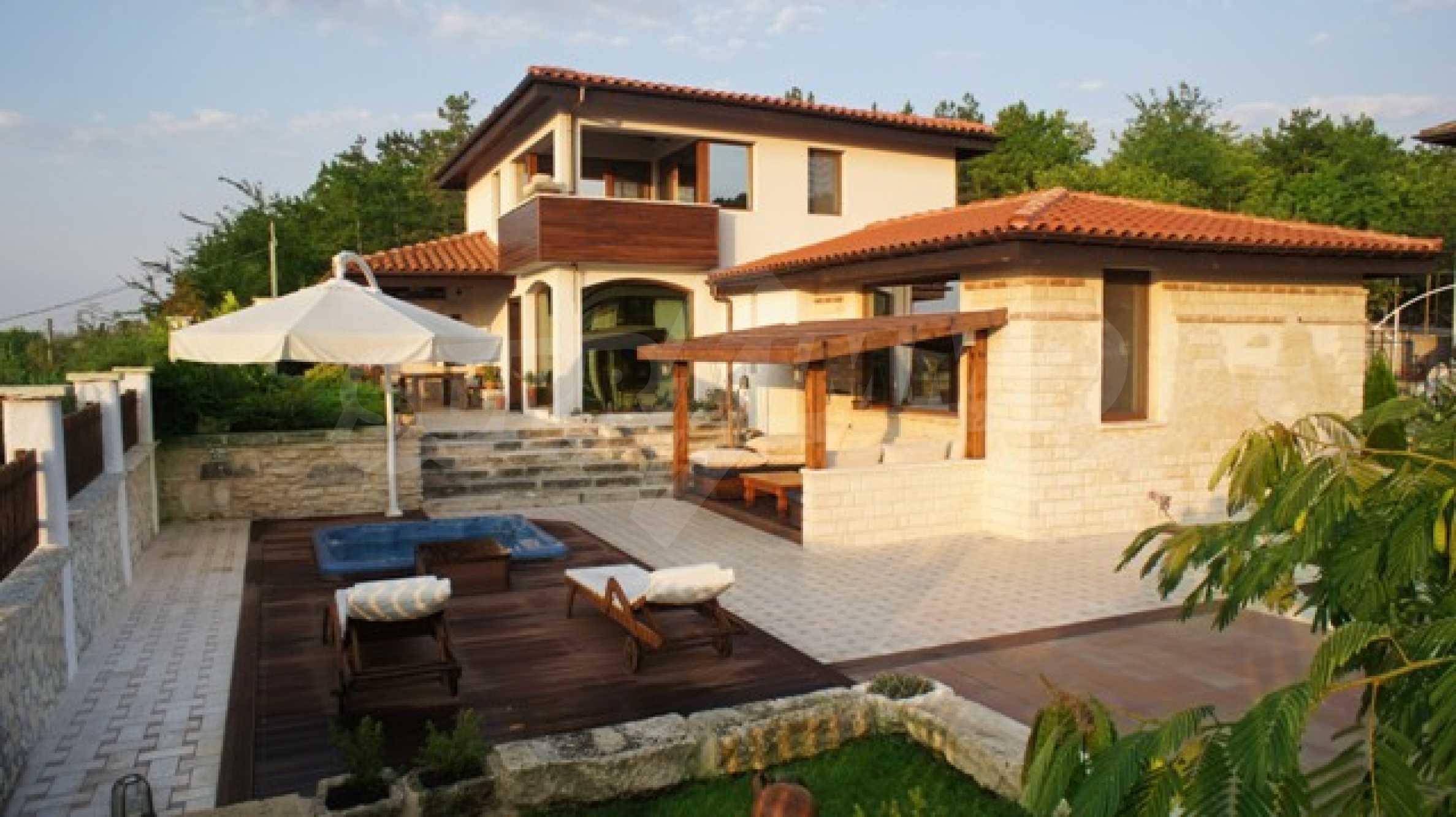 The Mediterranean style - a sense of luxury 6