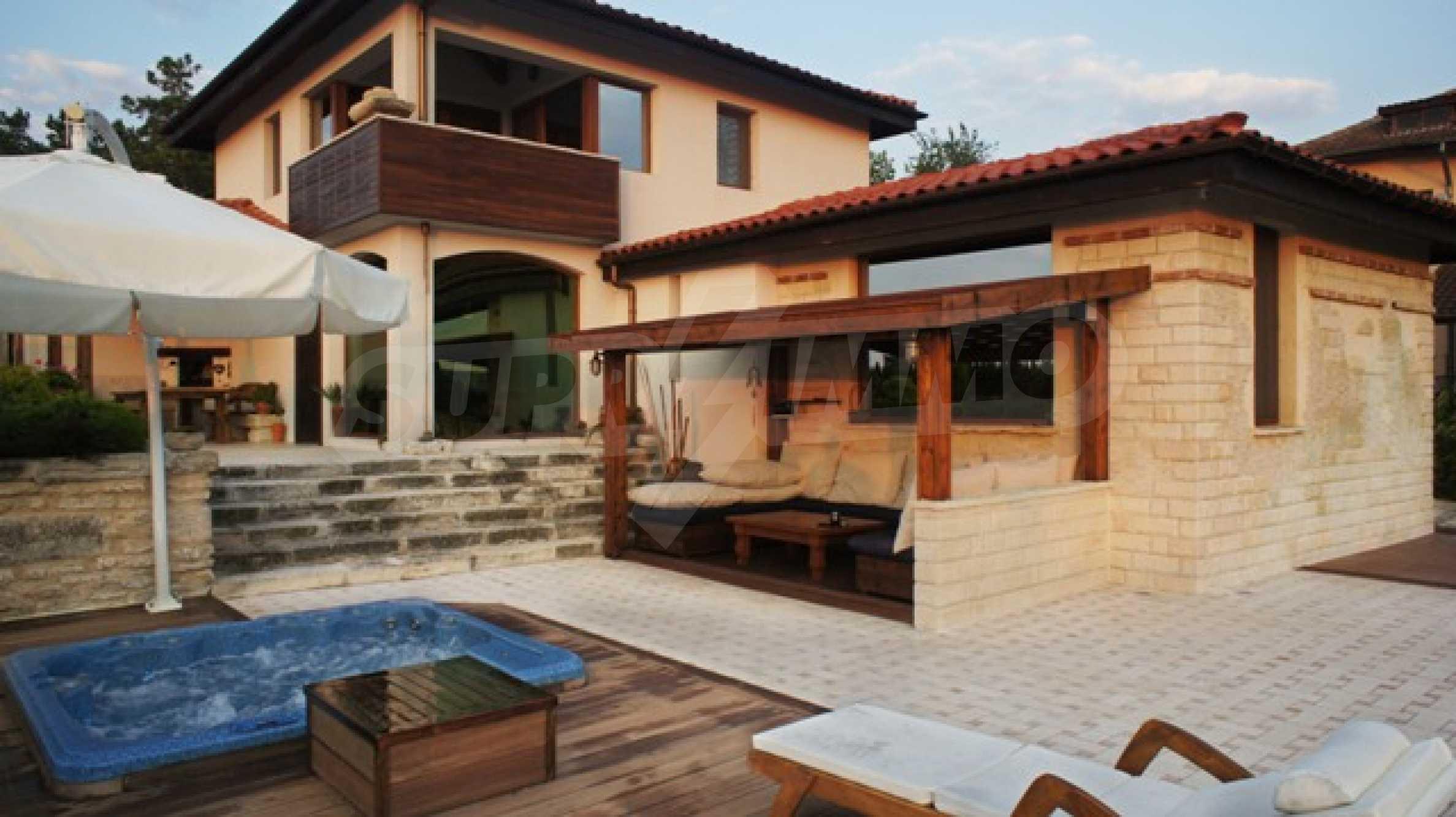 The Mediterranean style - a sense of luxury 7