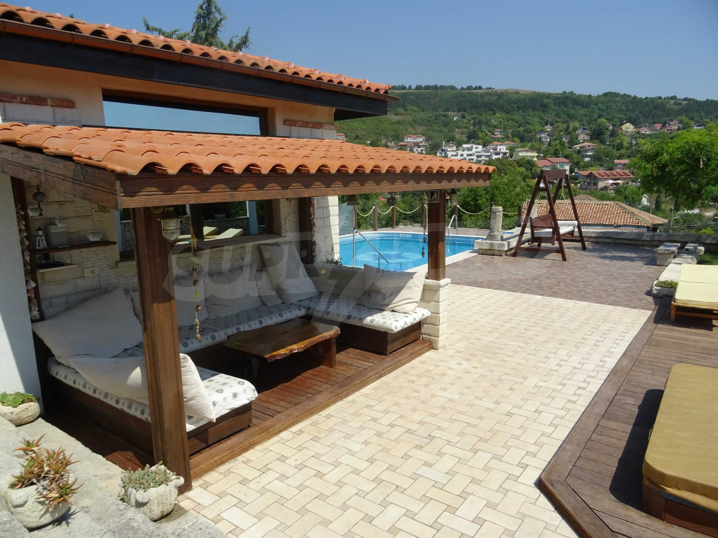 The Mediterranean style - a sense of luxury 2