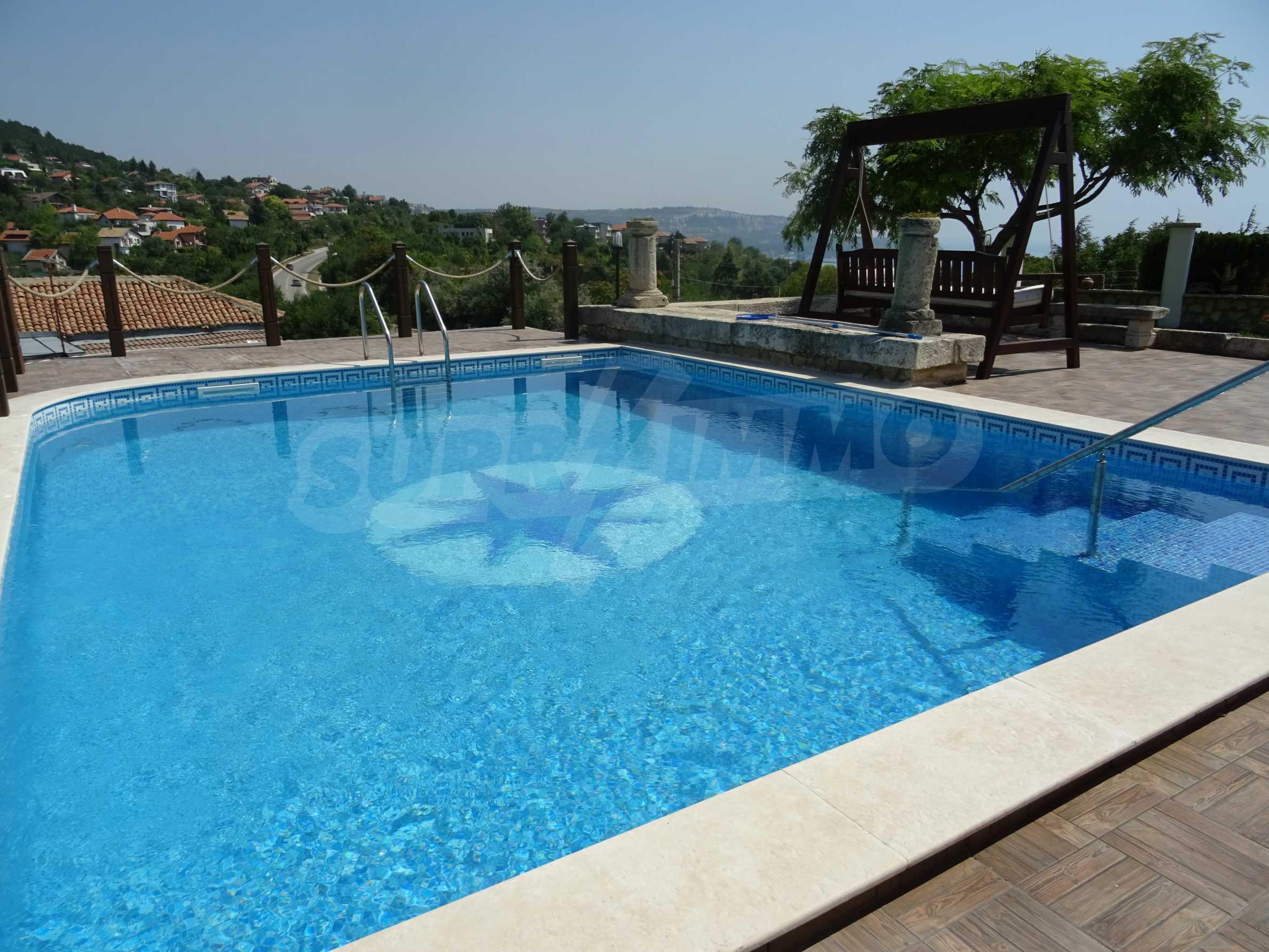 The Mediterranean style - a sense of luxury 1