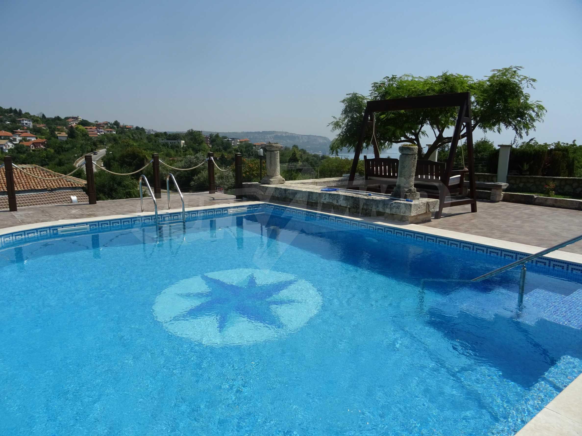 The Mediterranean style - a sense of luxury 10