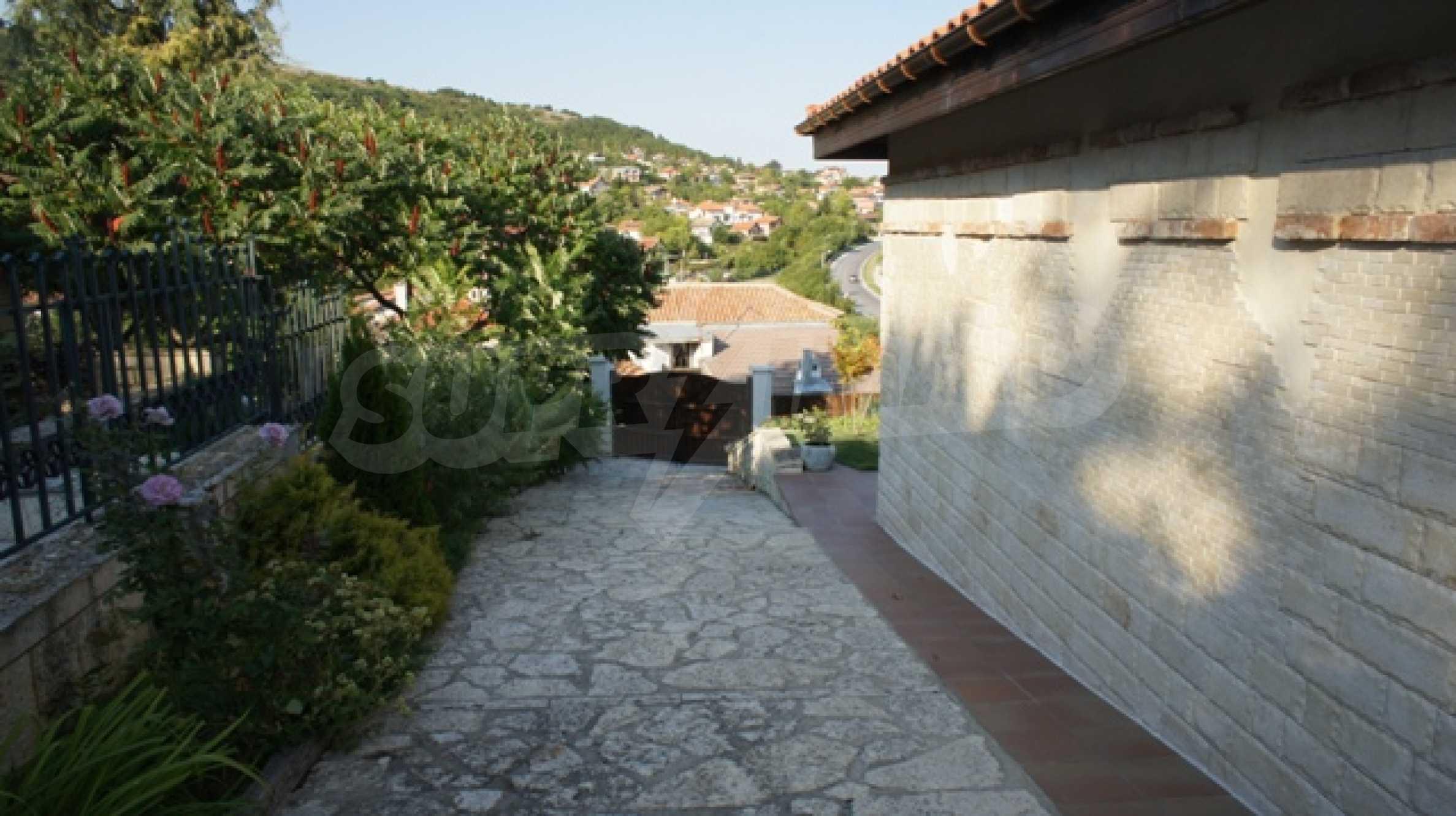 The Mediterranean style - a sense of luxury 12