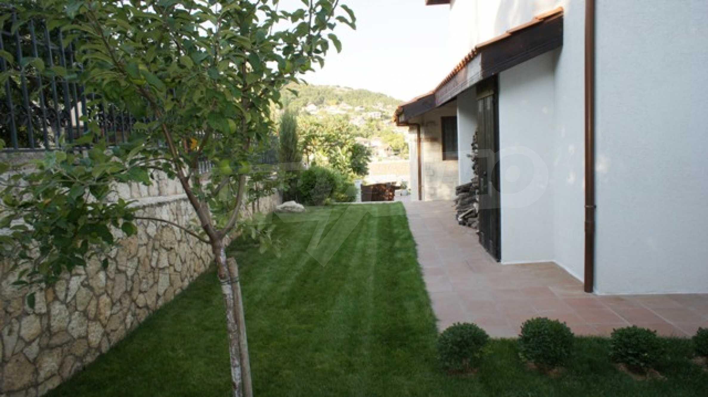 The Mediterranean style - a sense of luxury 13