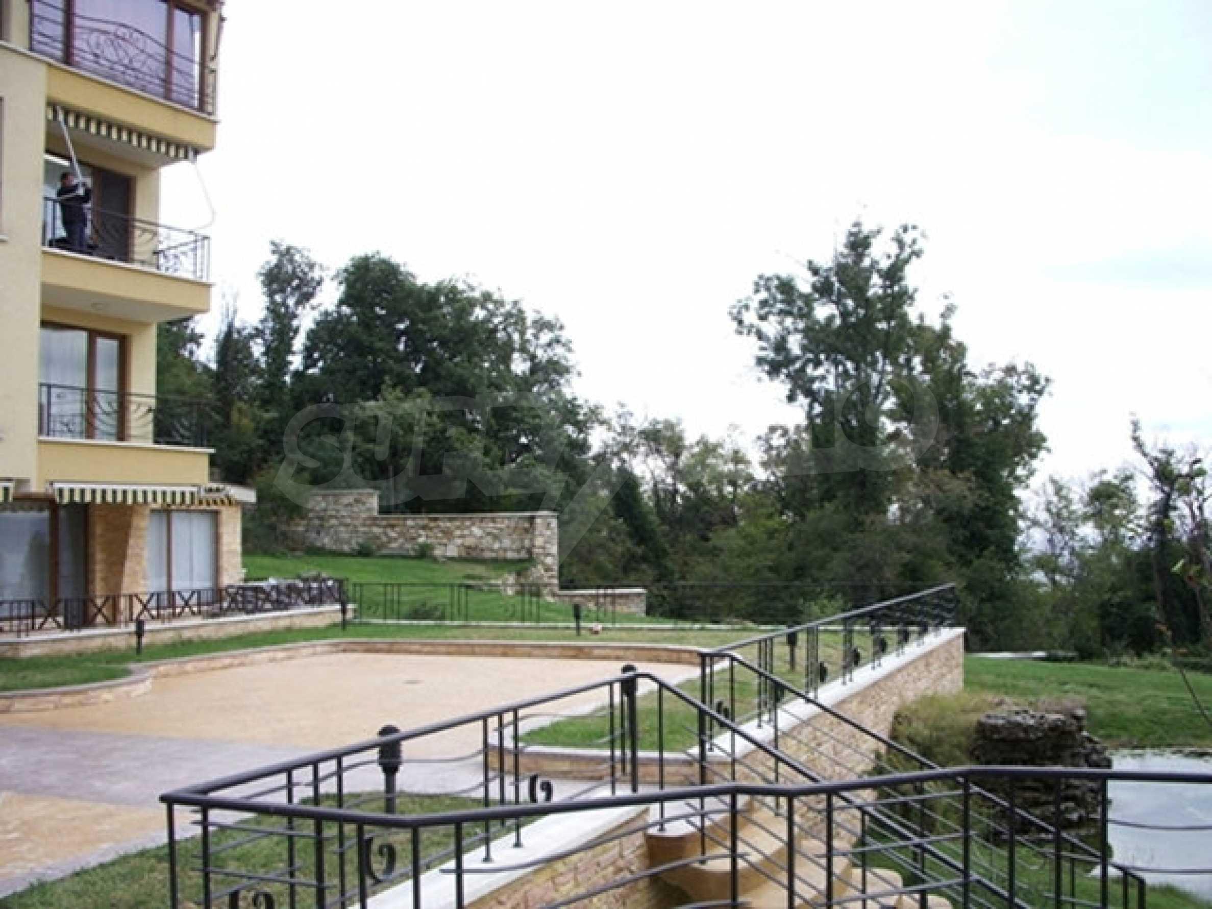 Zwei-Zimmer-Wohnung in Varna 10