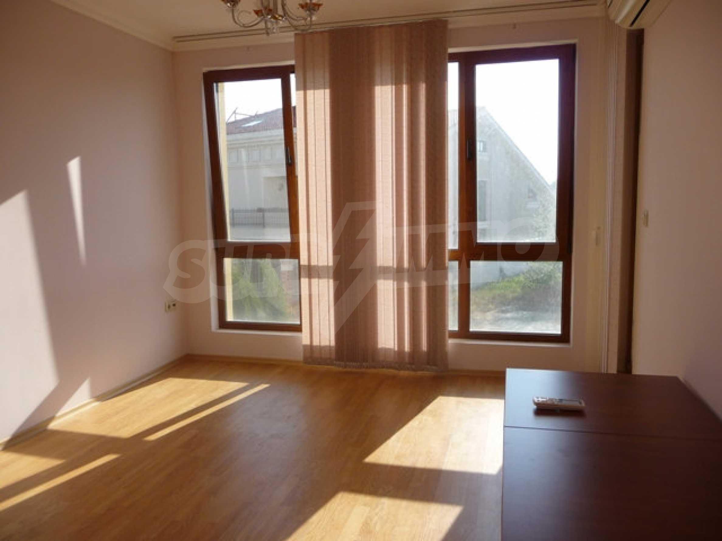 Zwei-Zimmer-Wohnung in Varna 14