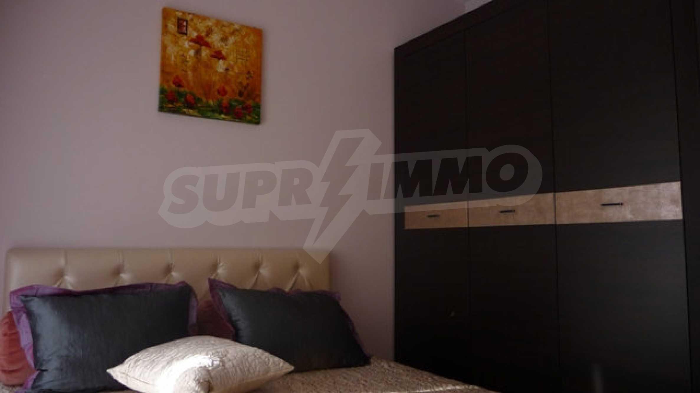 Zwei-Zimmer-Wohnung in Varna 18