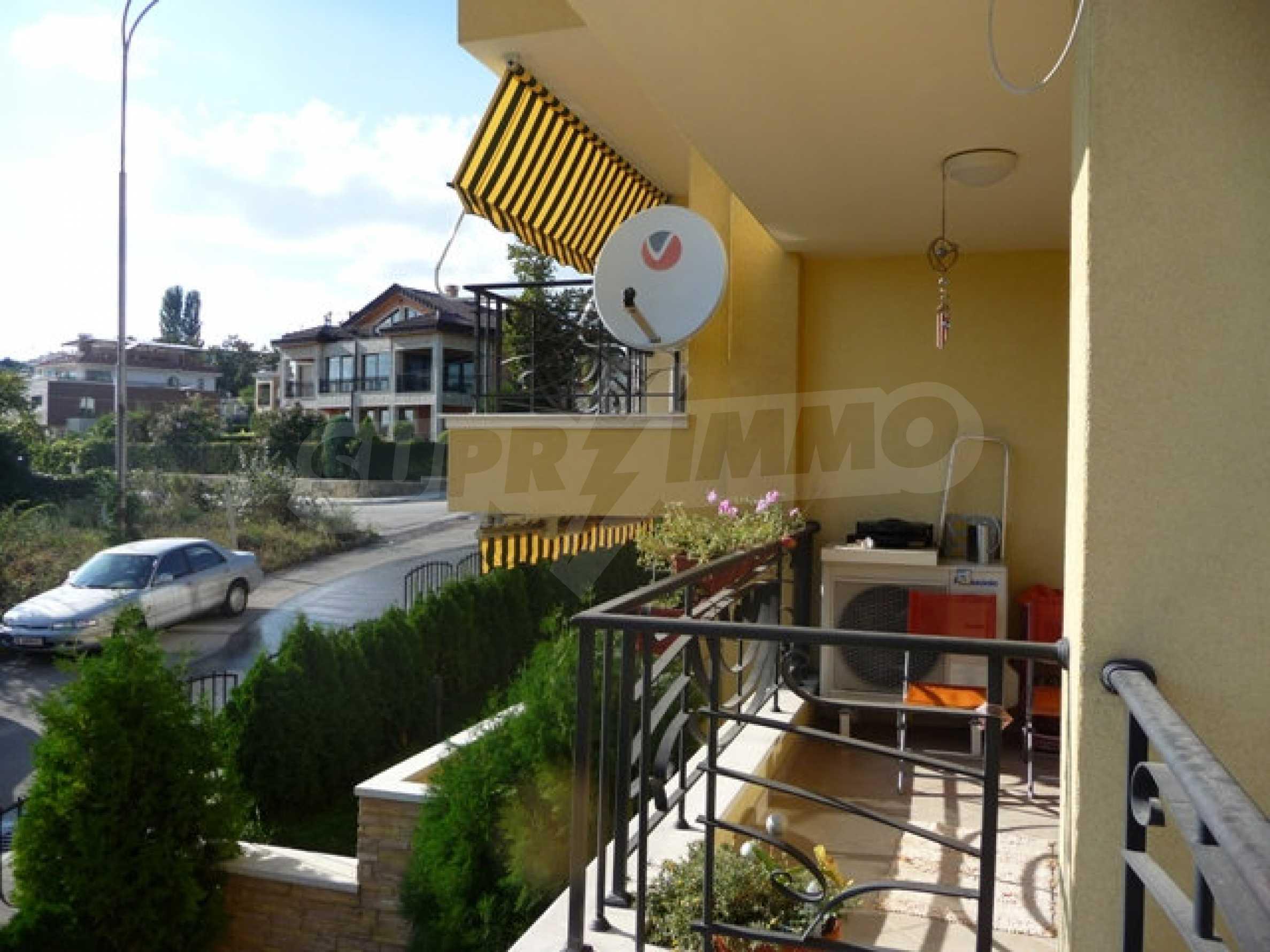 Zwei-Zimmer-Wohnung in Varna 23