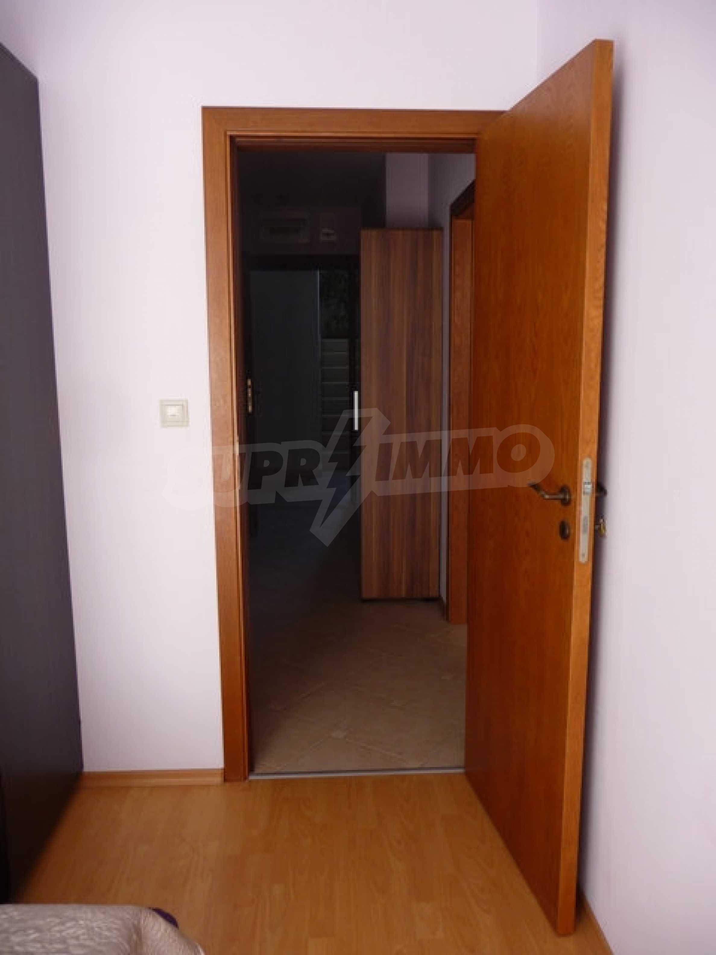 Zwei-Zimmer-Wohnung in Varna 27