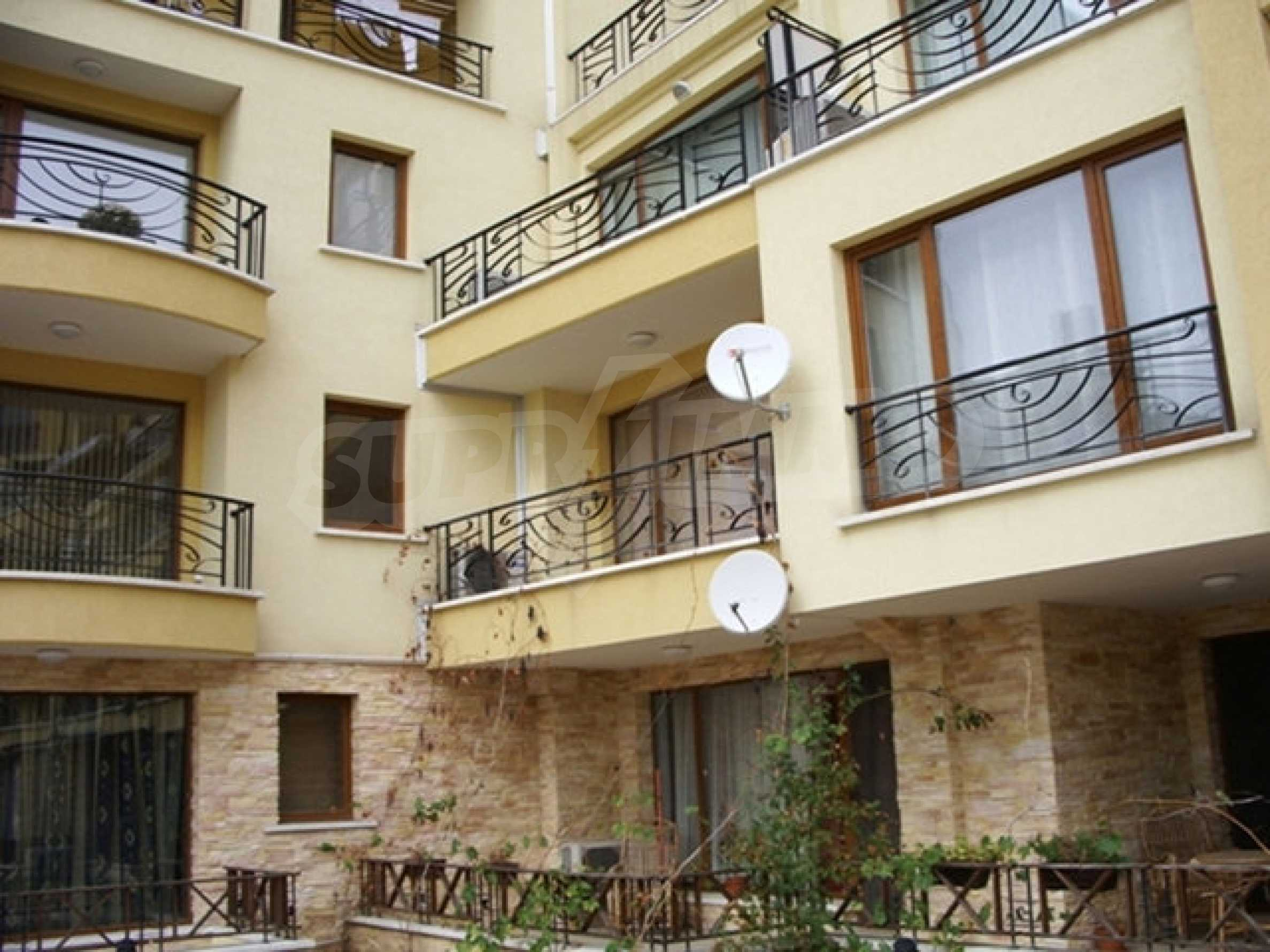 Zwei-Zimmer-Wohnung in Varna 7