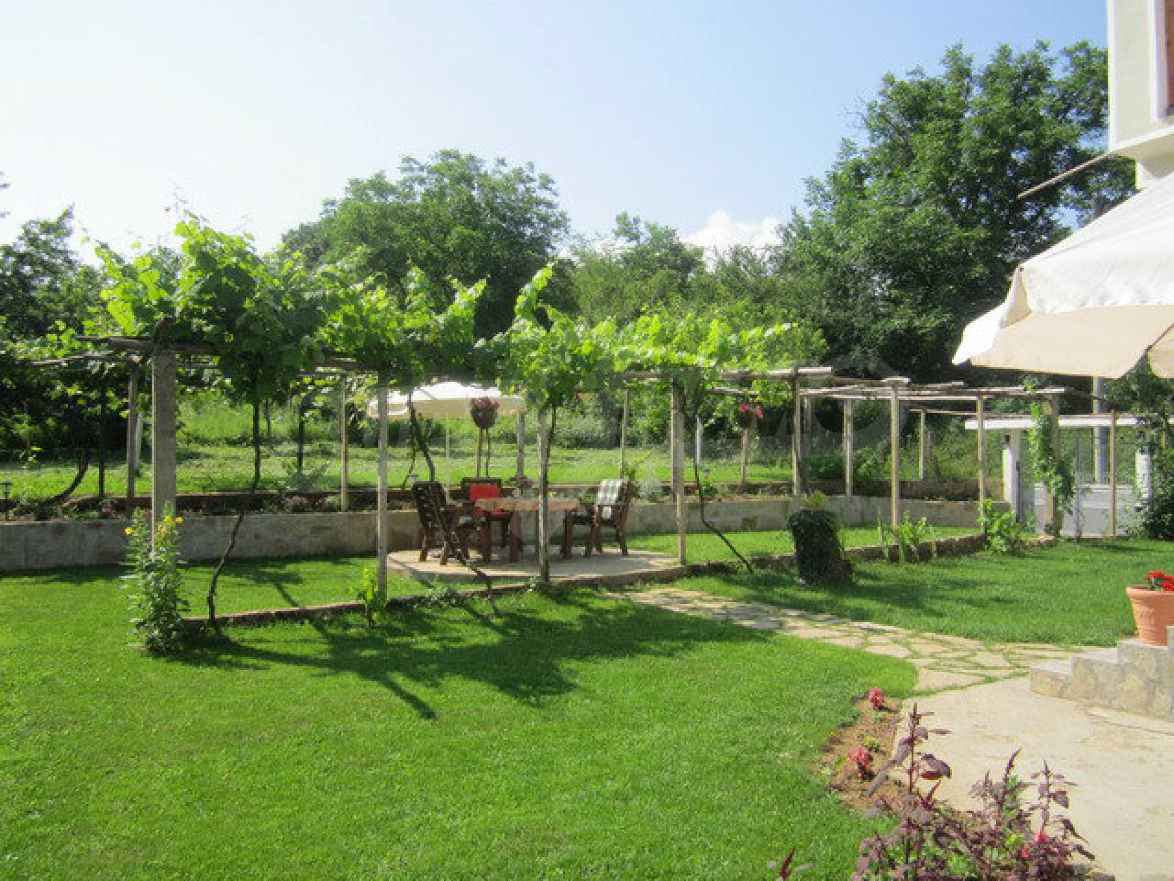 Geräumiges ländliches Anwesen mit einem Garten 20 km. von Veliko Tarnovo 27