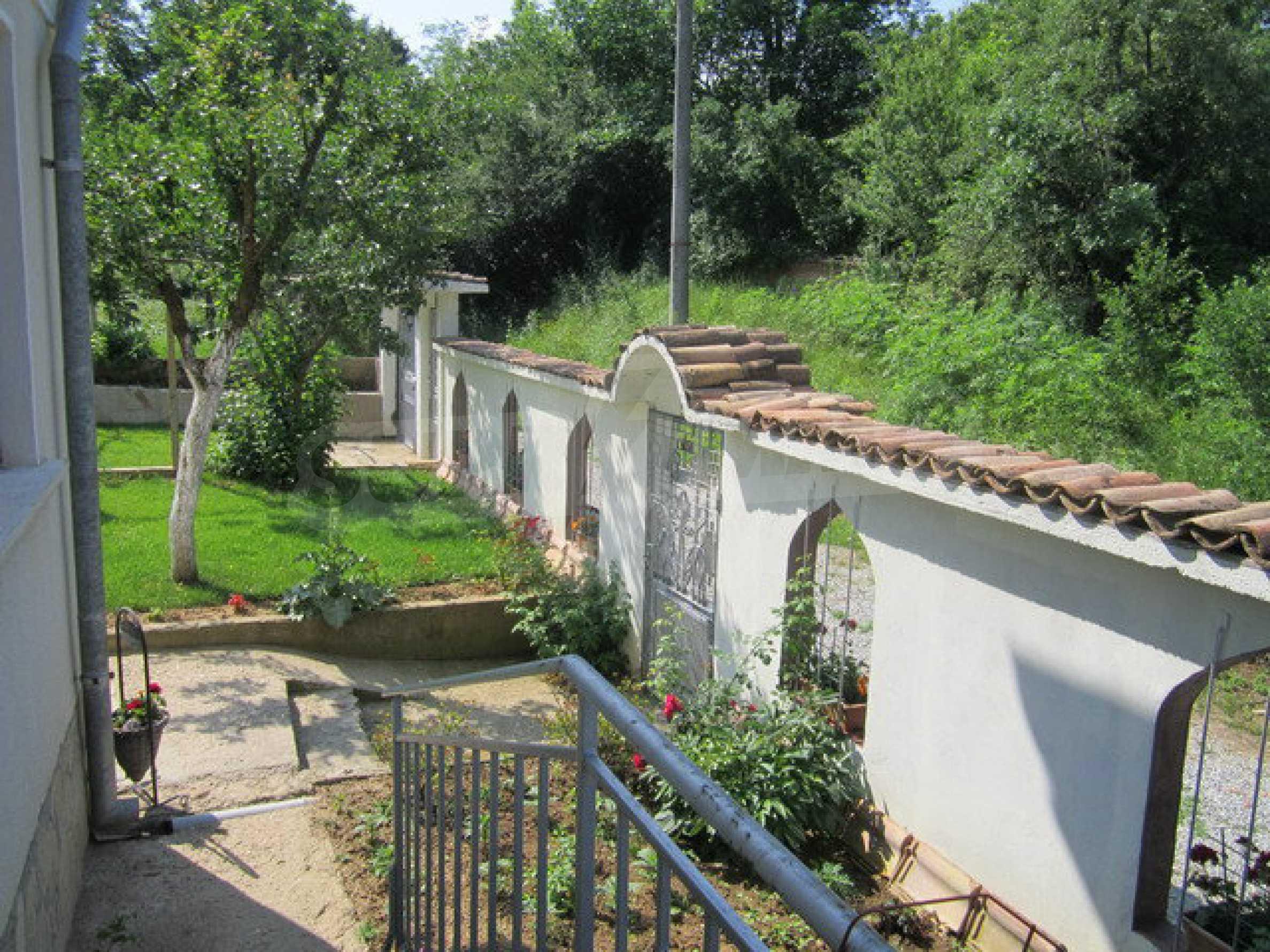 Geräumiges ländliches Anwesen mit einem Garten 20 km. von Veliko Tarnovo 31