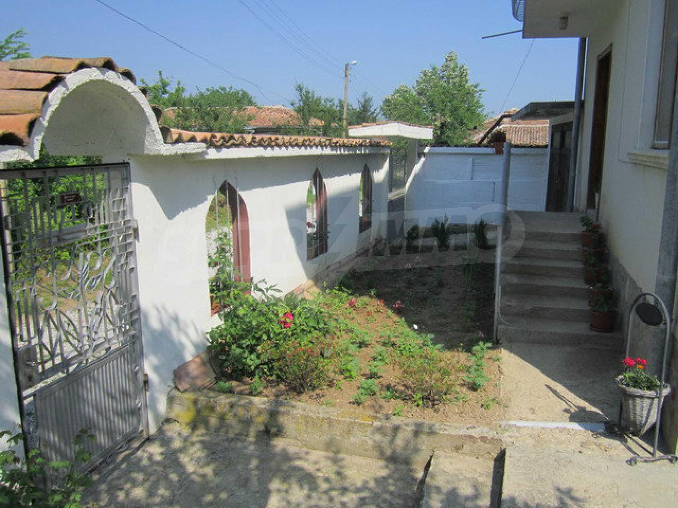 Geräumiges ländliches Anwesen mit einem Garten 20 km. von Veliko Tarnovo 32