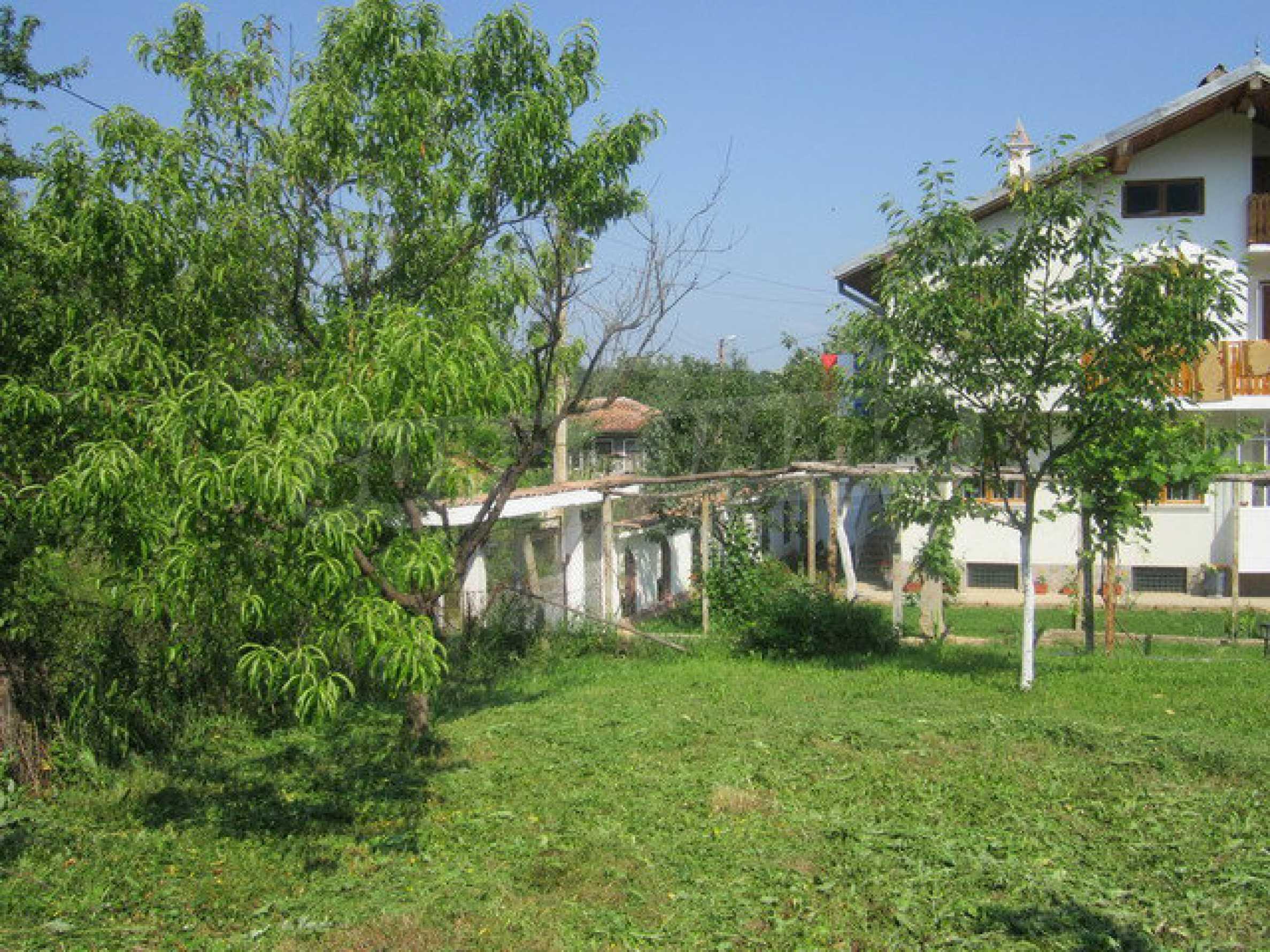 Geräumiges ländliches Anwesen mit einem Garten 20 km. von Veliko Tarnovo 6