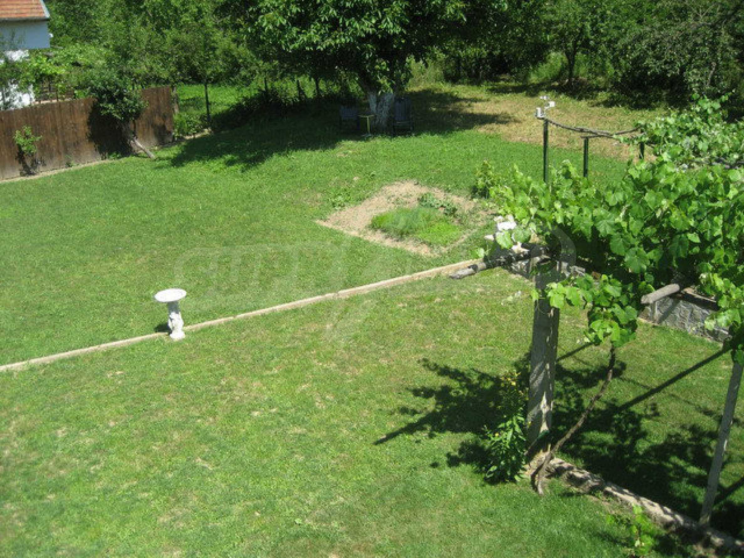 Geräumiges ländliches Anwesen mit einem Garten 20 km. von Veliko Tarnovo 69