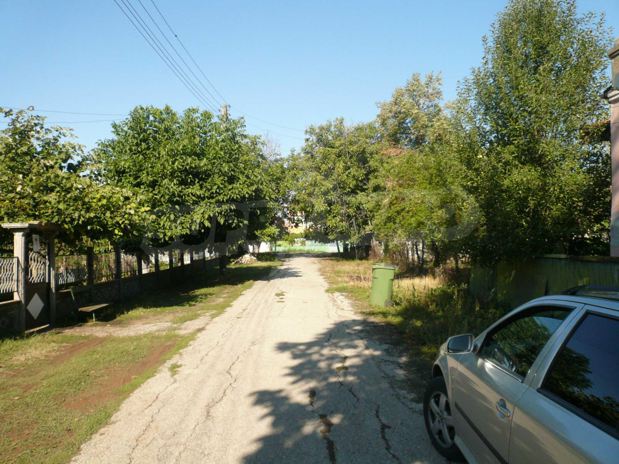 Zwei Landhäuser mit einem Garten 10 km von Vidin entfernt 15