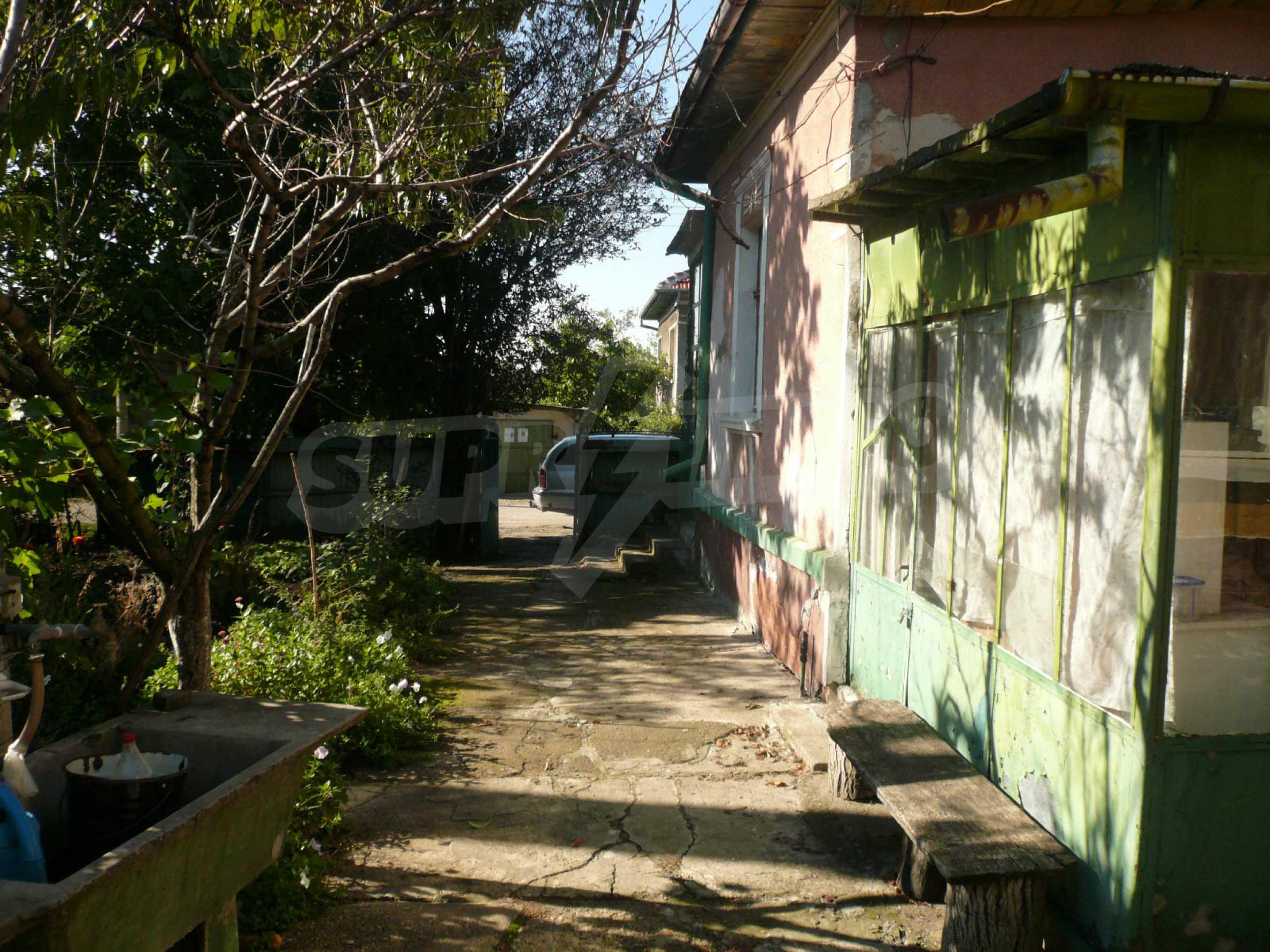 Zwei Landhäuser mit einem Garten 10 km von Vidin entfernt 5