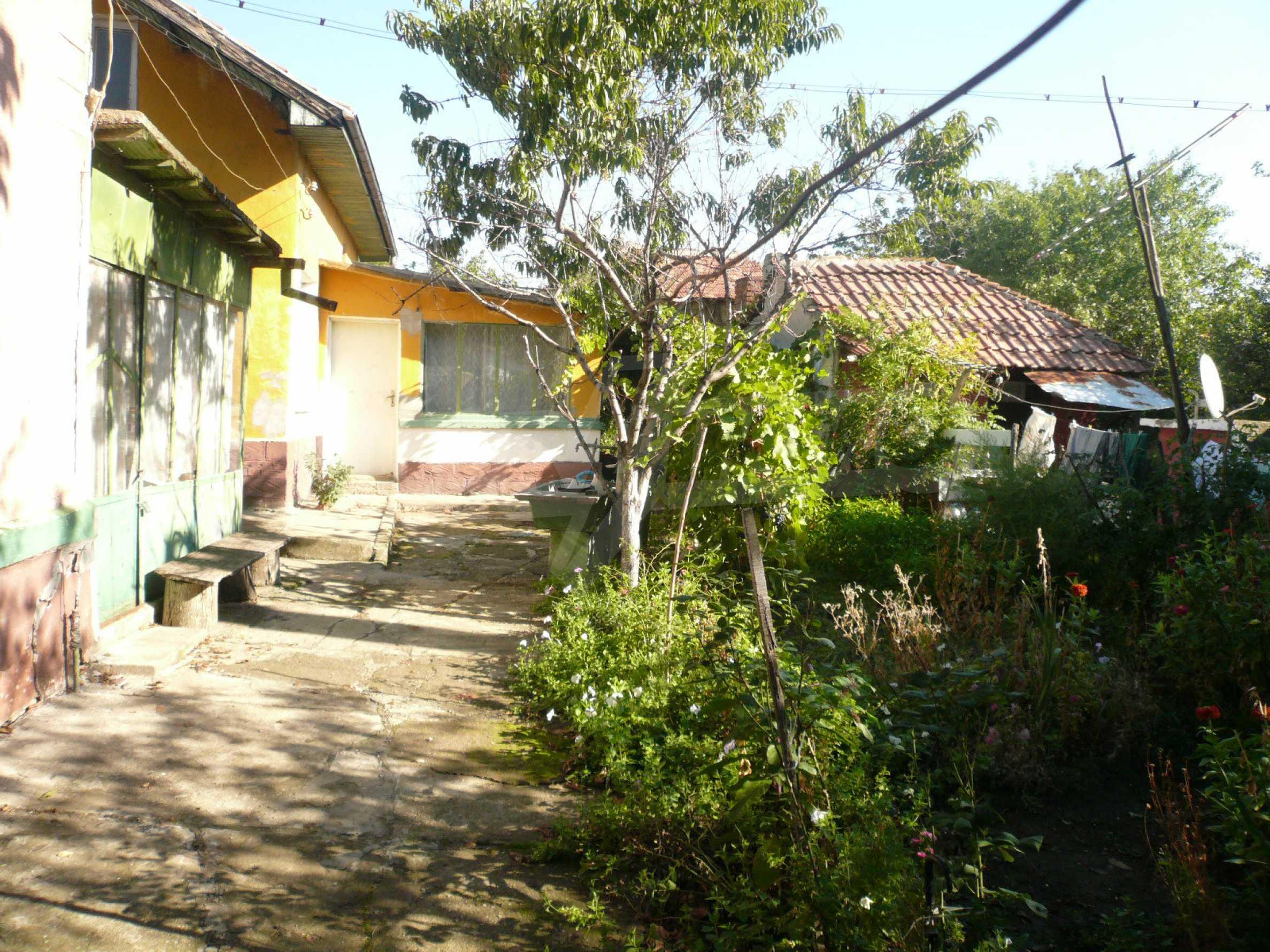 Zwei Landhäuser mit einem Garten 10 km von Vidin entfernt 6
