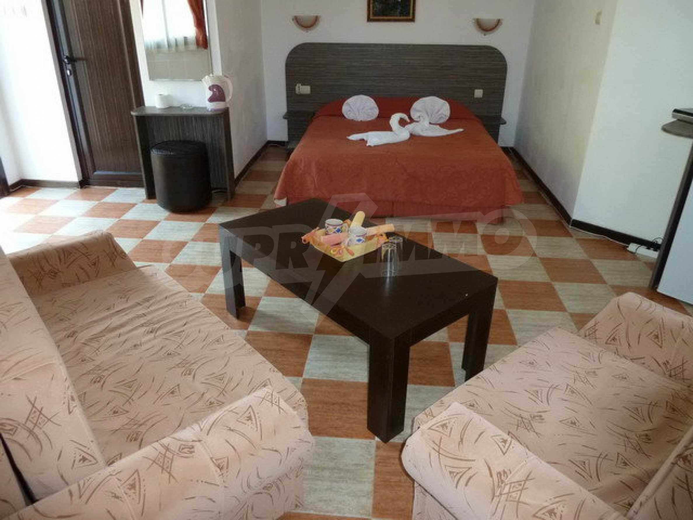 Два гостевых дома в престижном районе с горячими минеральными источниками вблизи  города Троян 12