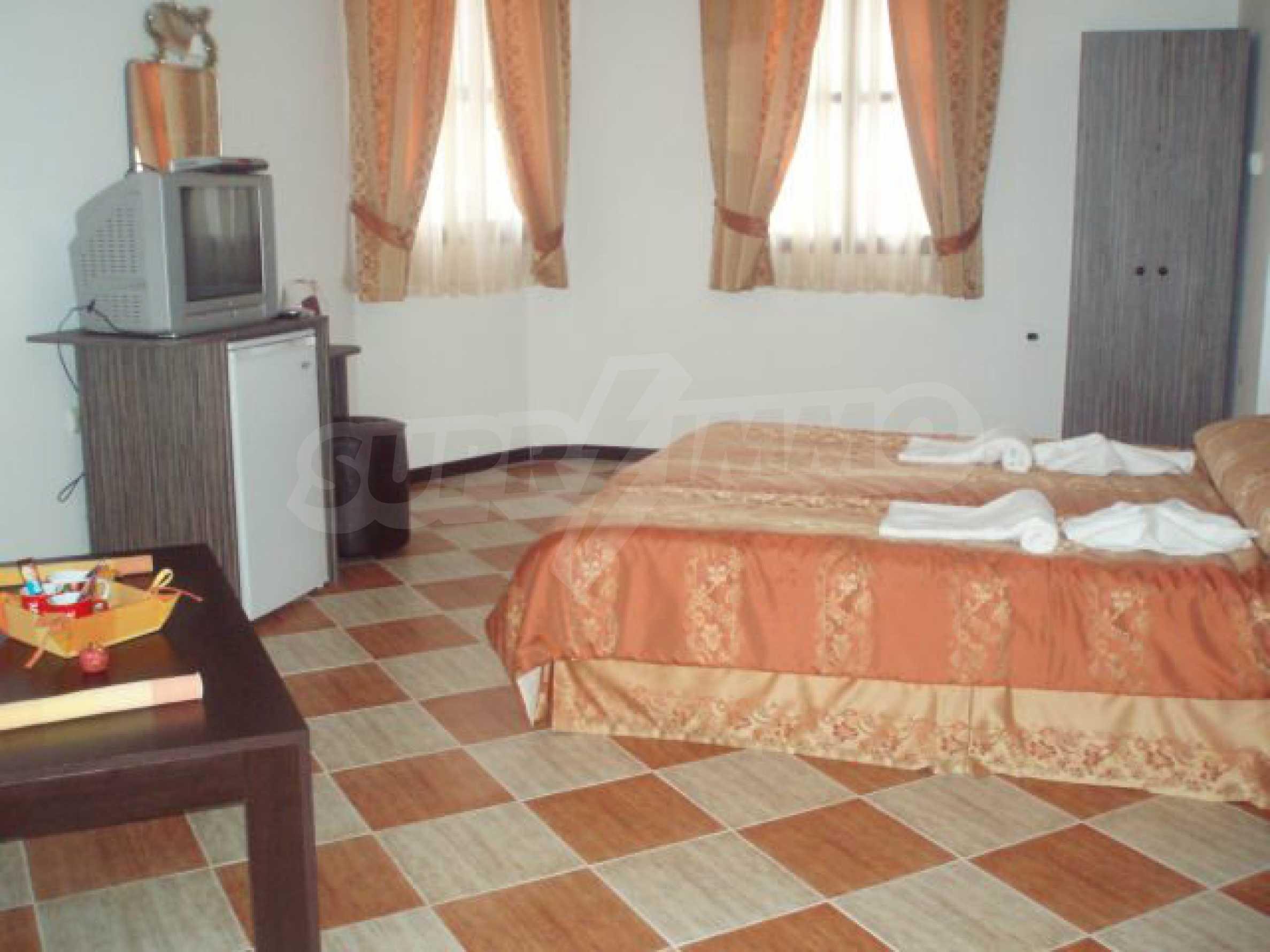 Два гостевых дома в престижном районе с горячими минеральными источниками вблизи  города Троян 5