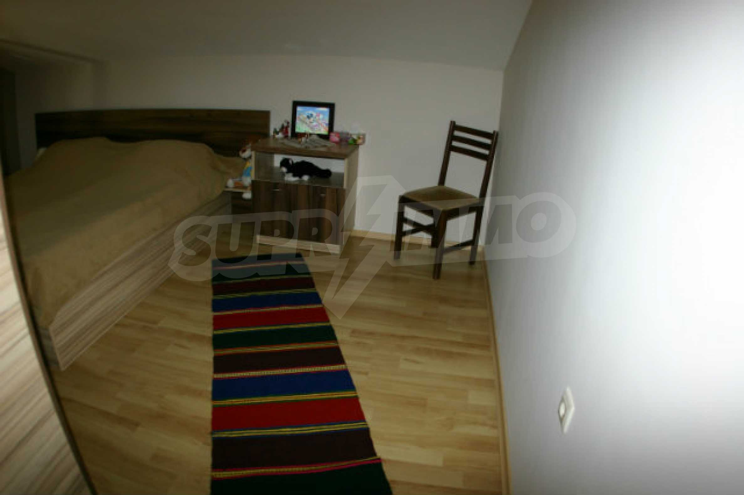 Four-bedroom apartment in Top Lodge complex 10