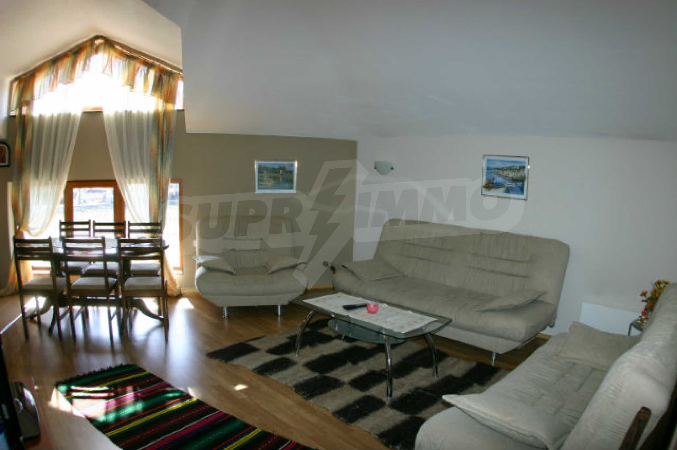Four-bedroom apartment in Top Lodge complex 13
