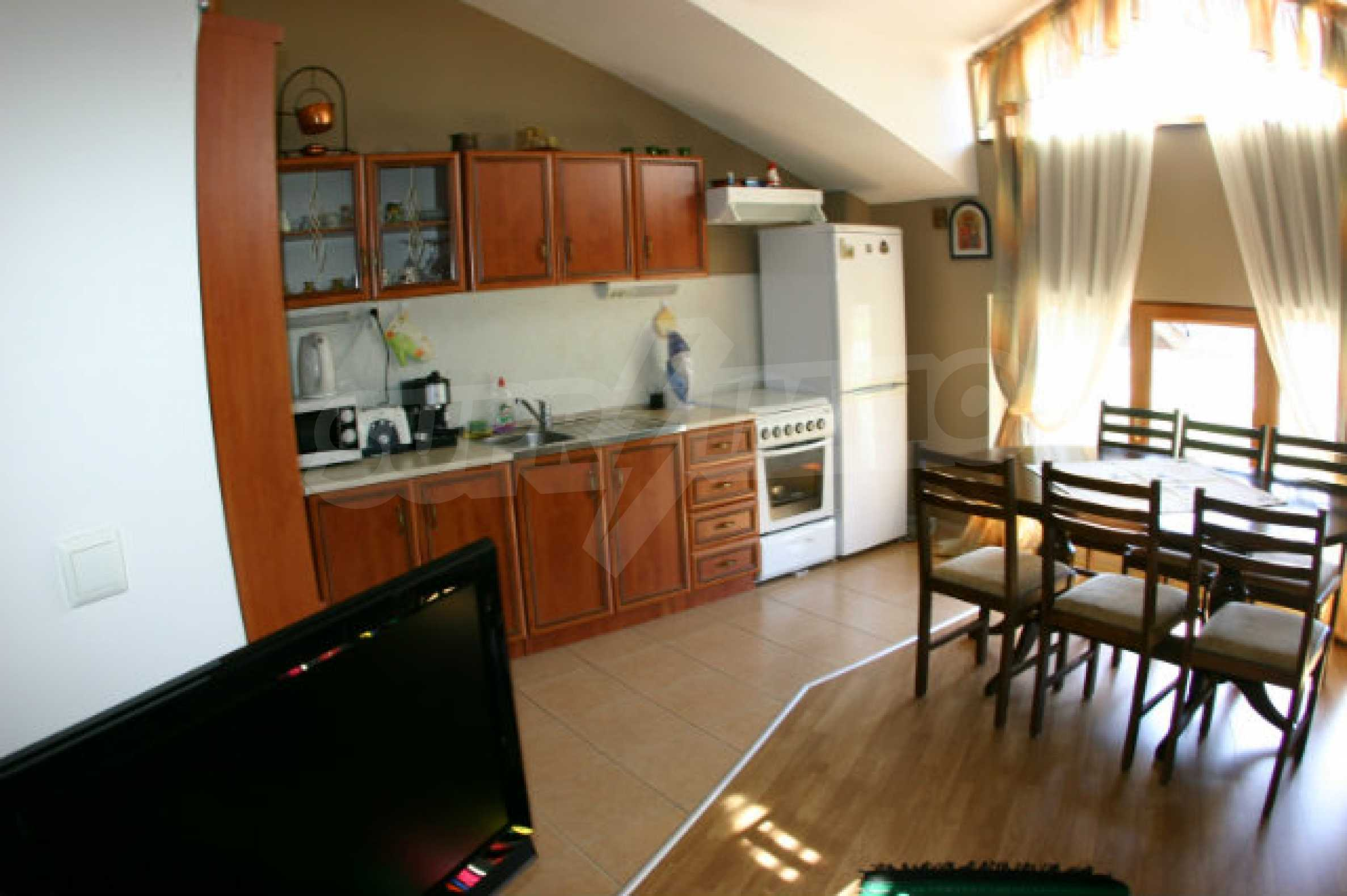Four-bedroom apartment in Top Lodge complex 14