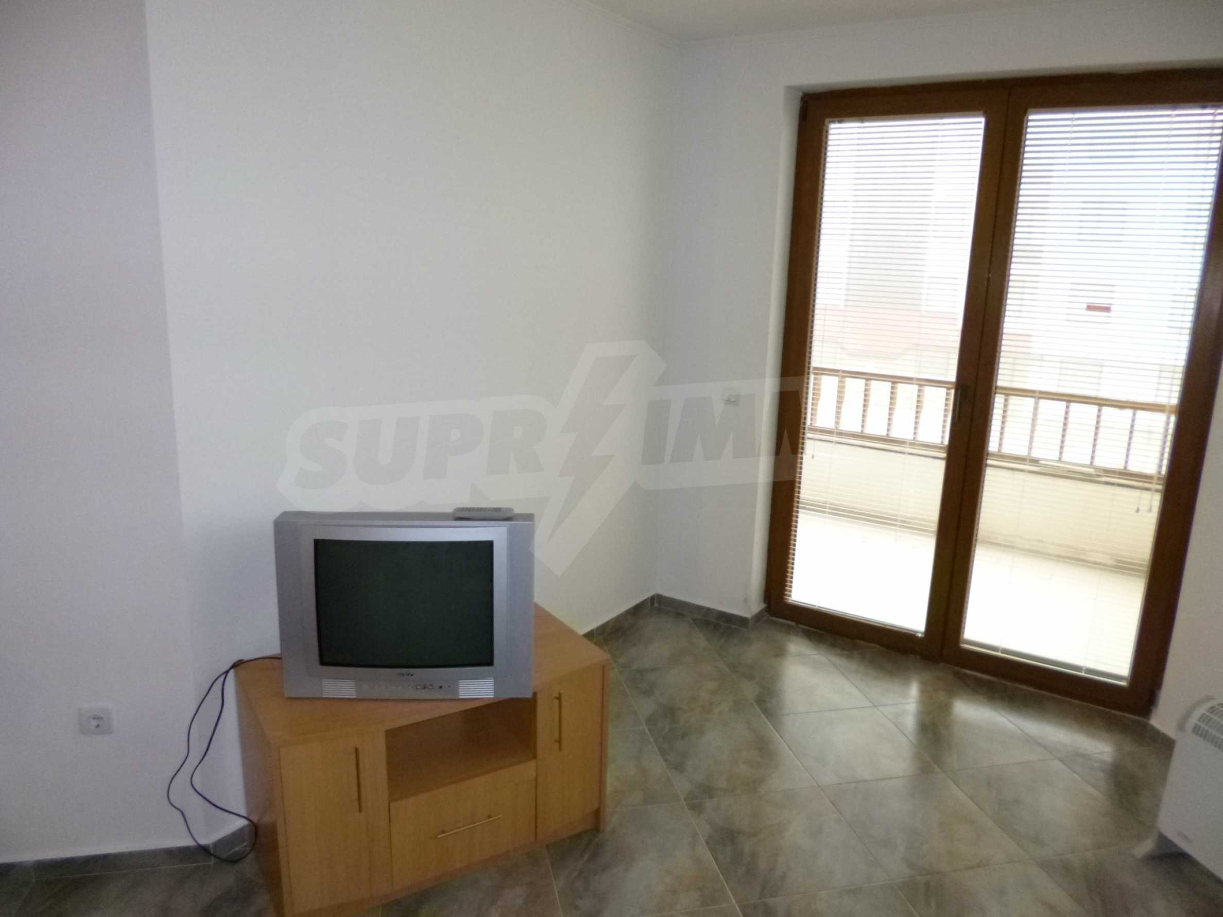 """Ein-Zimmer-Wohnung in \ """"Kloster 3 \"""" in Pamporovo 7"""