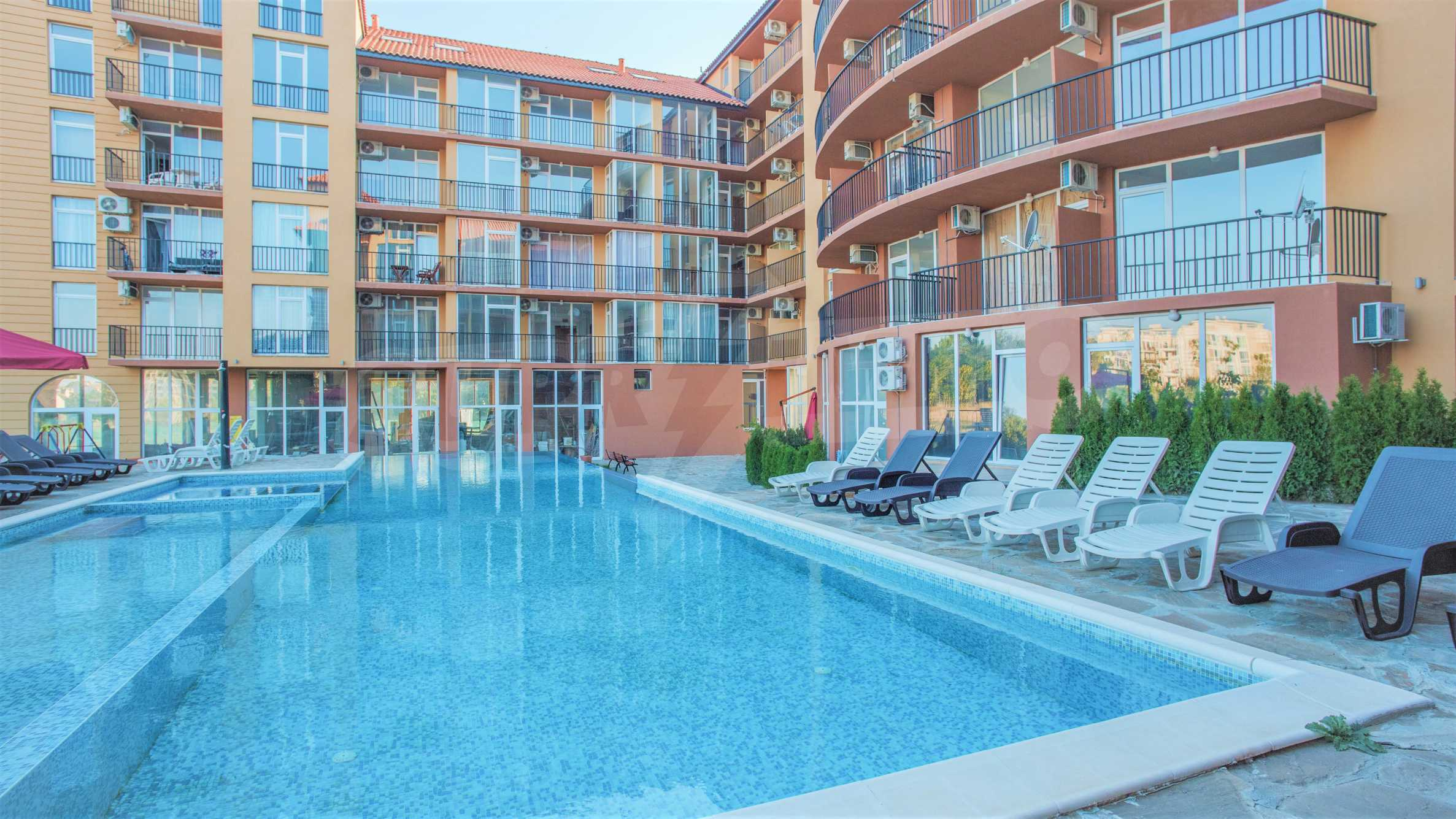 Holiday apartments in a seaside complex 700 m from Cacao Beach 3