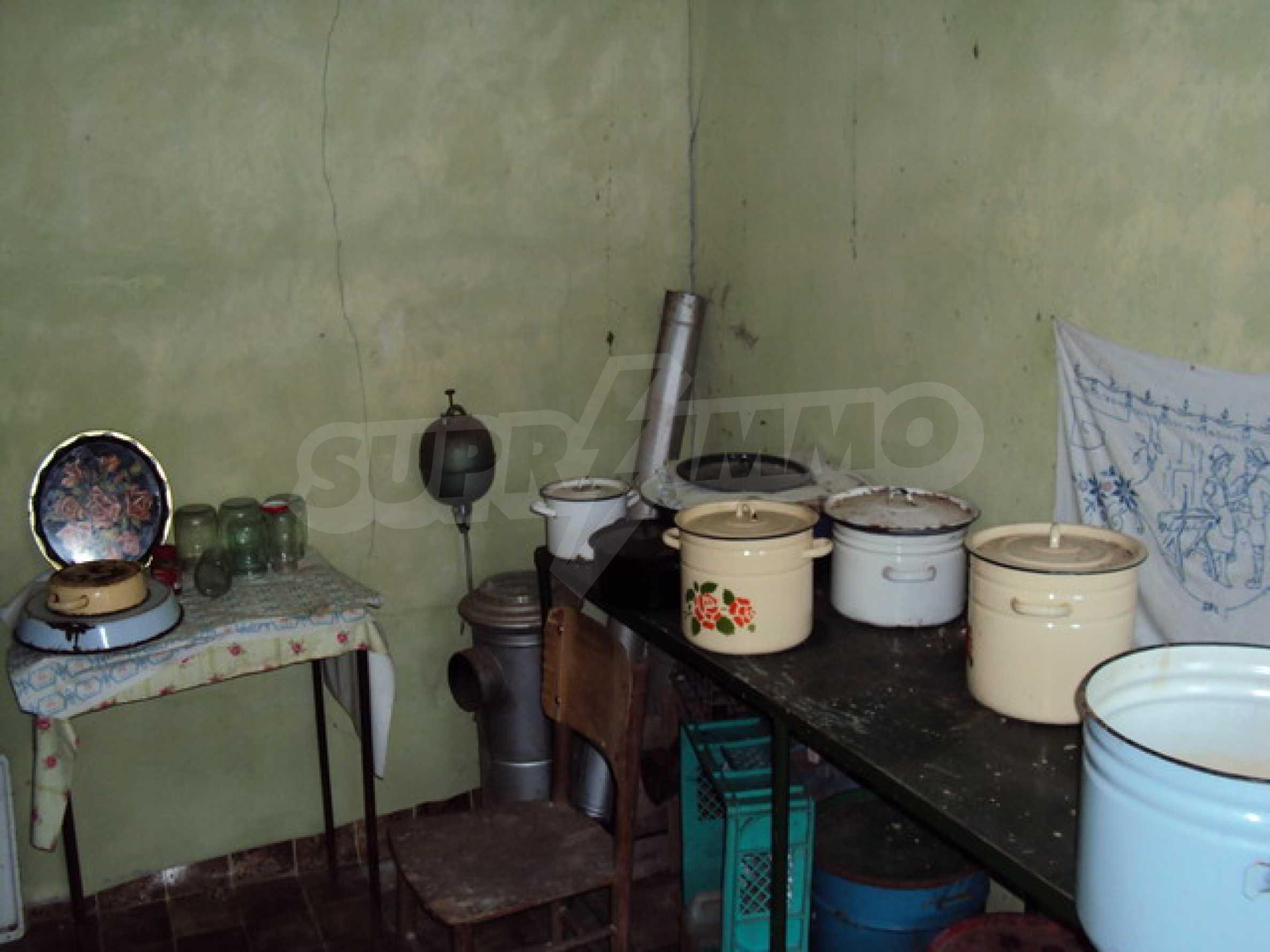 Одноэтажный сельский дом  12