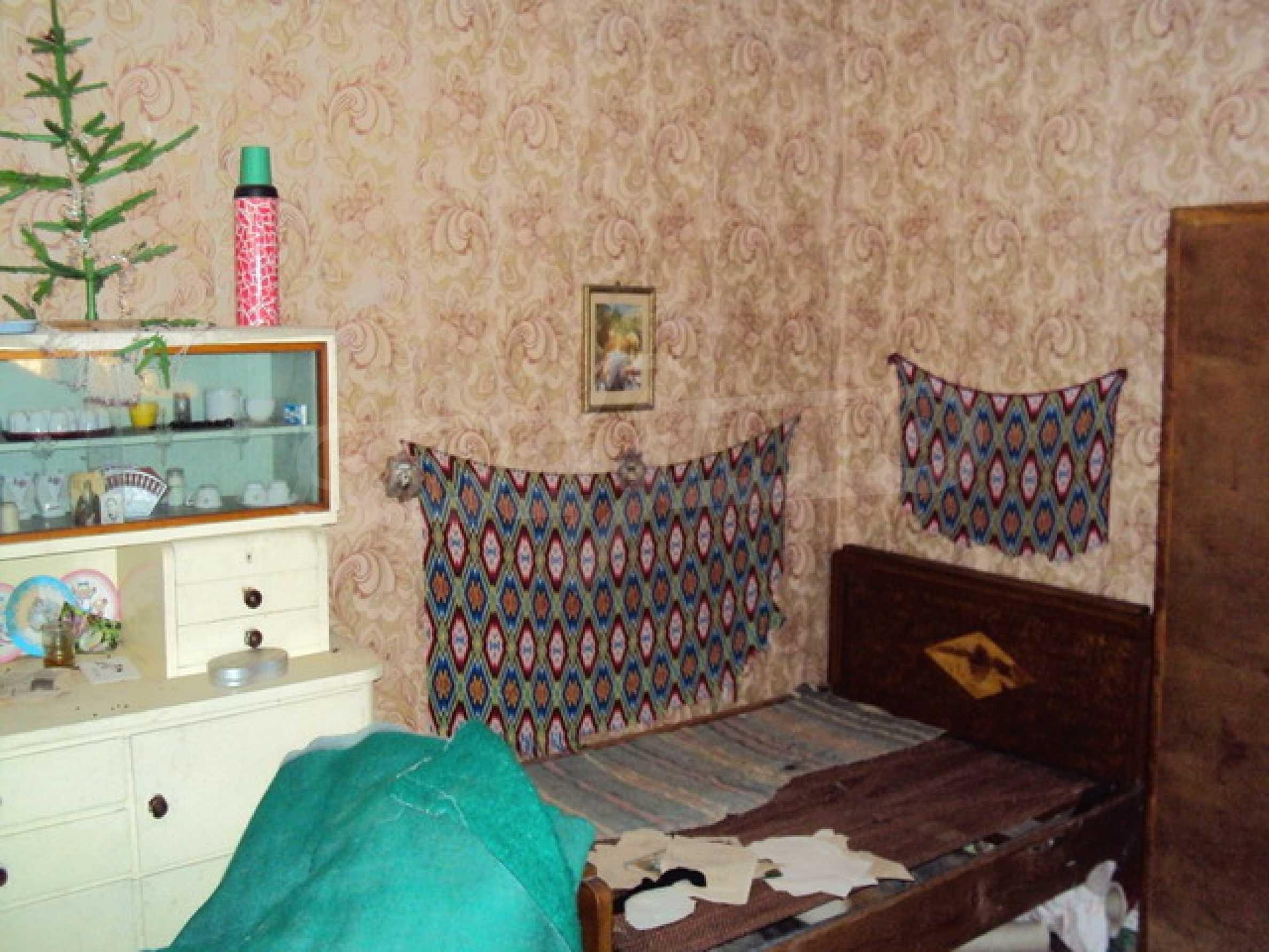 Одноэтажный сельский дом  13