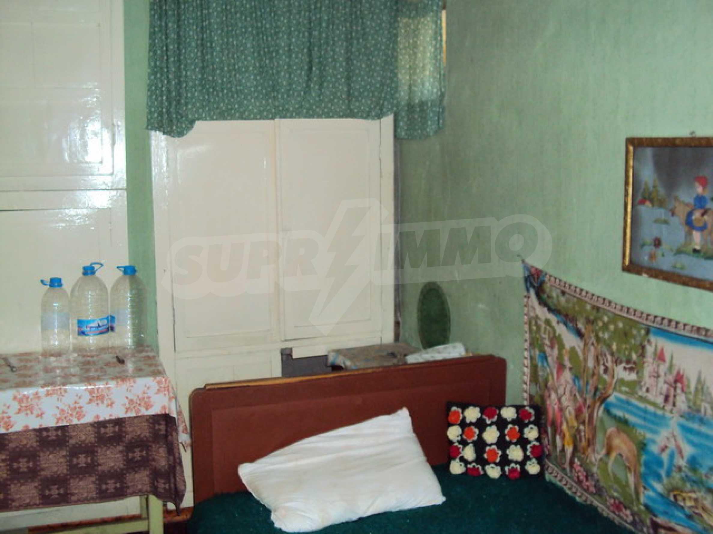 Одноэтажный сельский дом  17