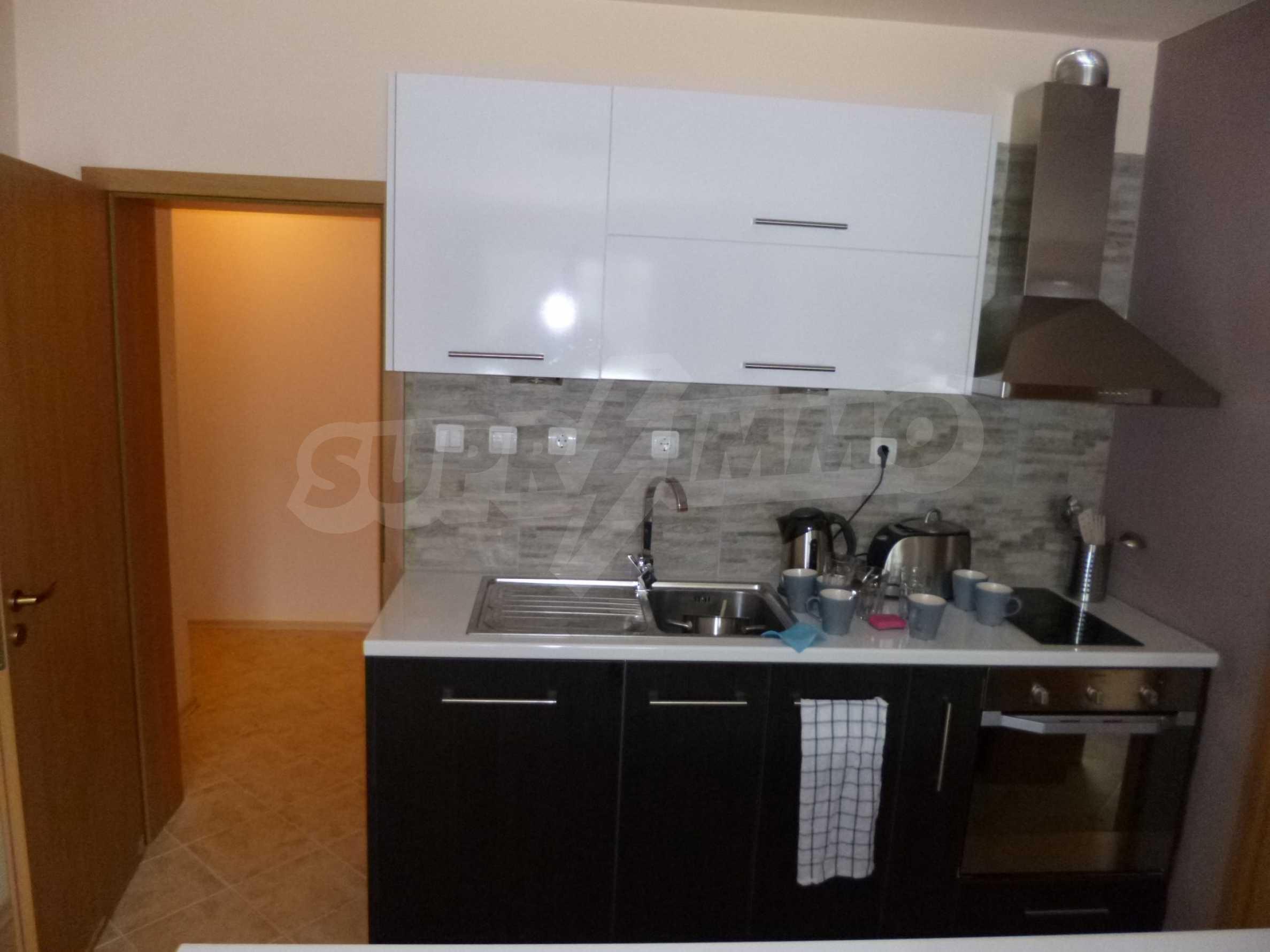 Apartment mit zwei Schlafzimmern im Panoramakomplex 5