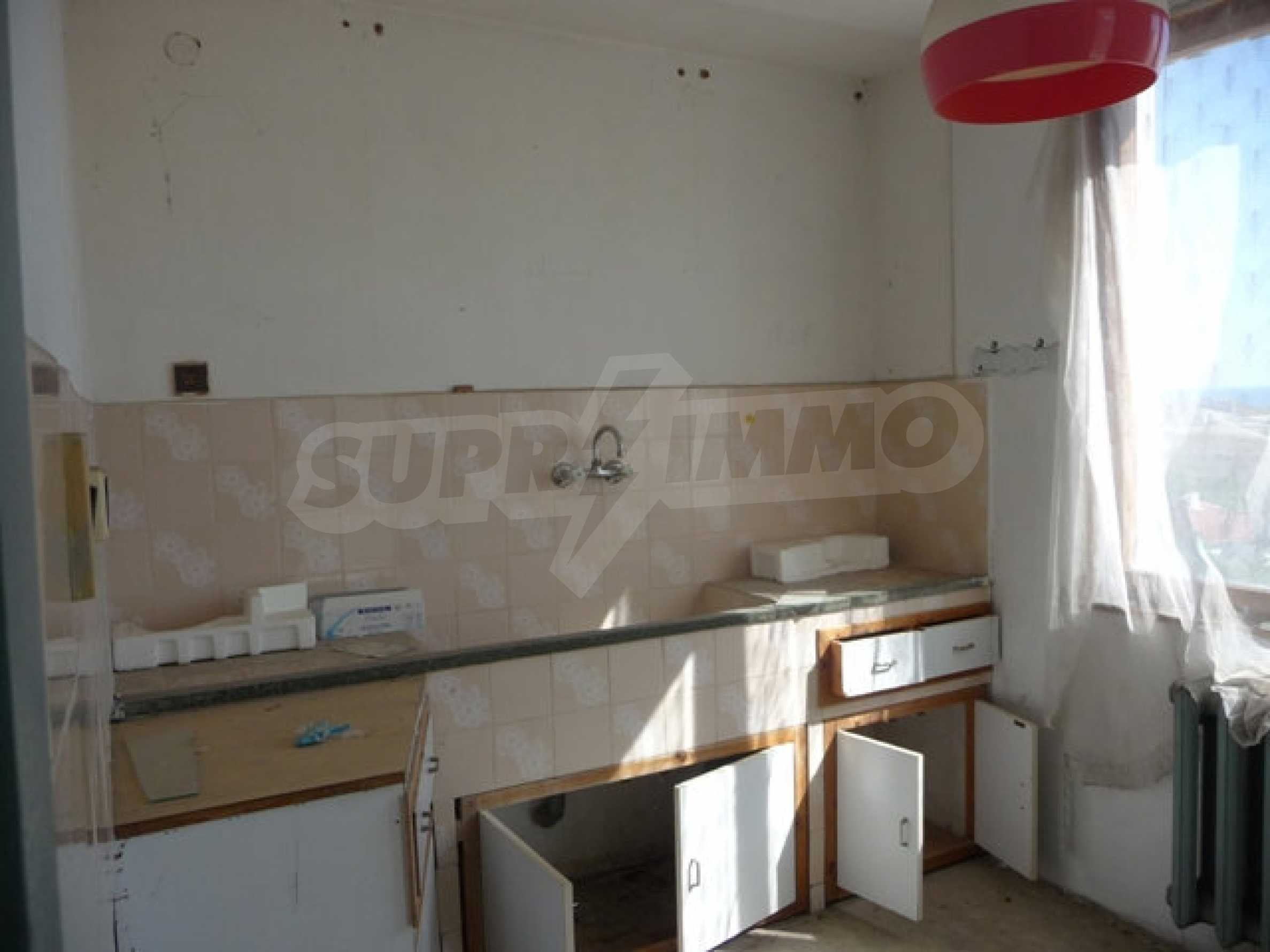 House with shop in Byala (Varna) 11