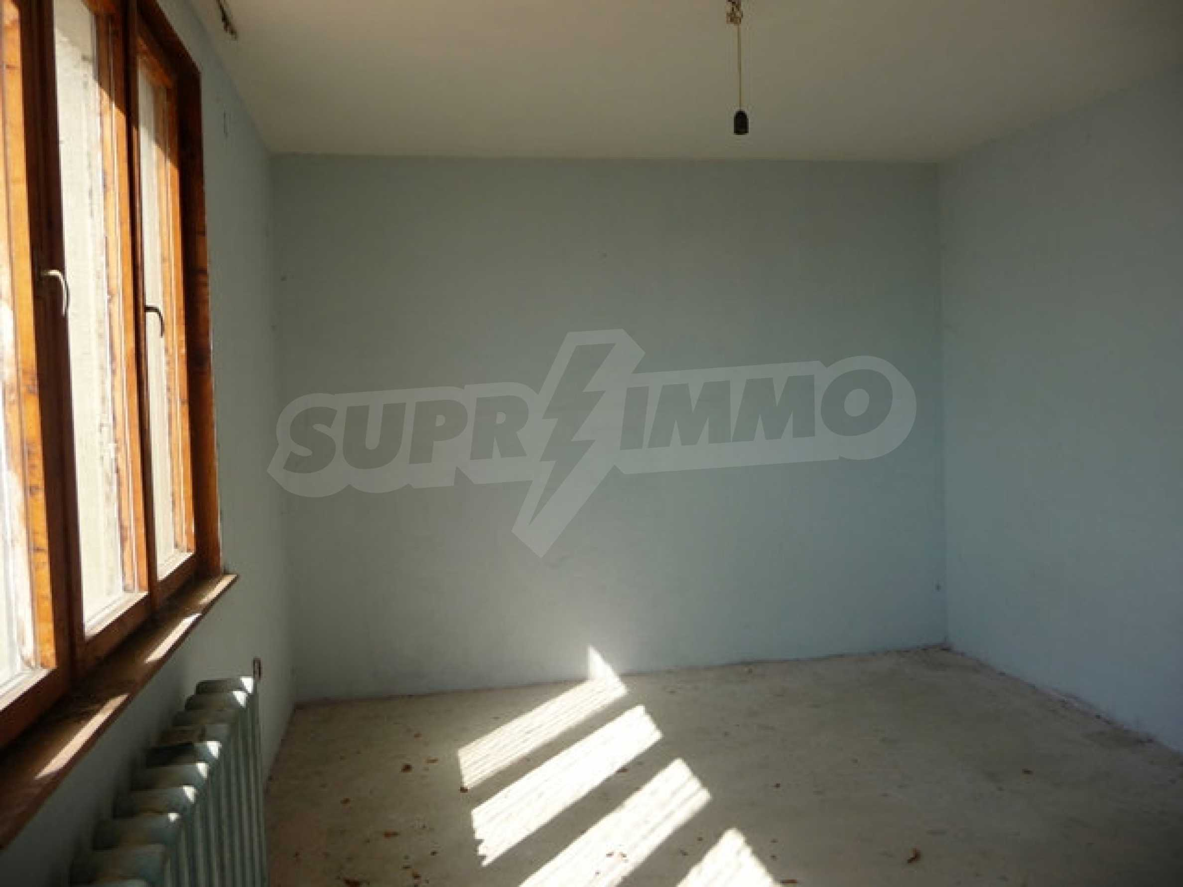 House with shop in Byala (Varna) 15