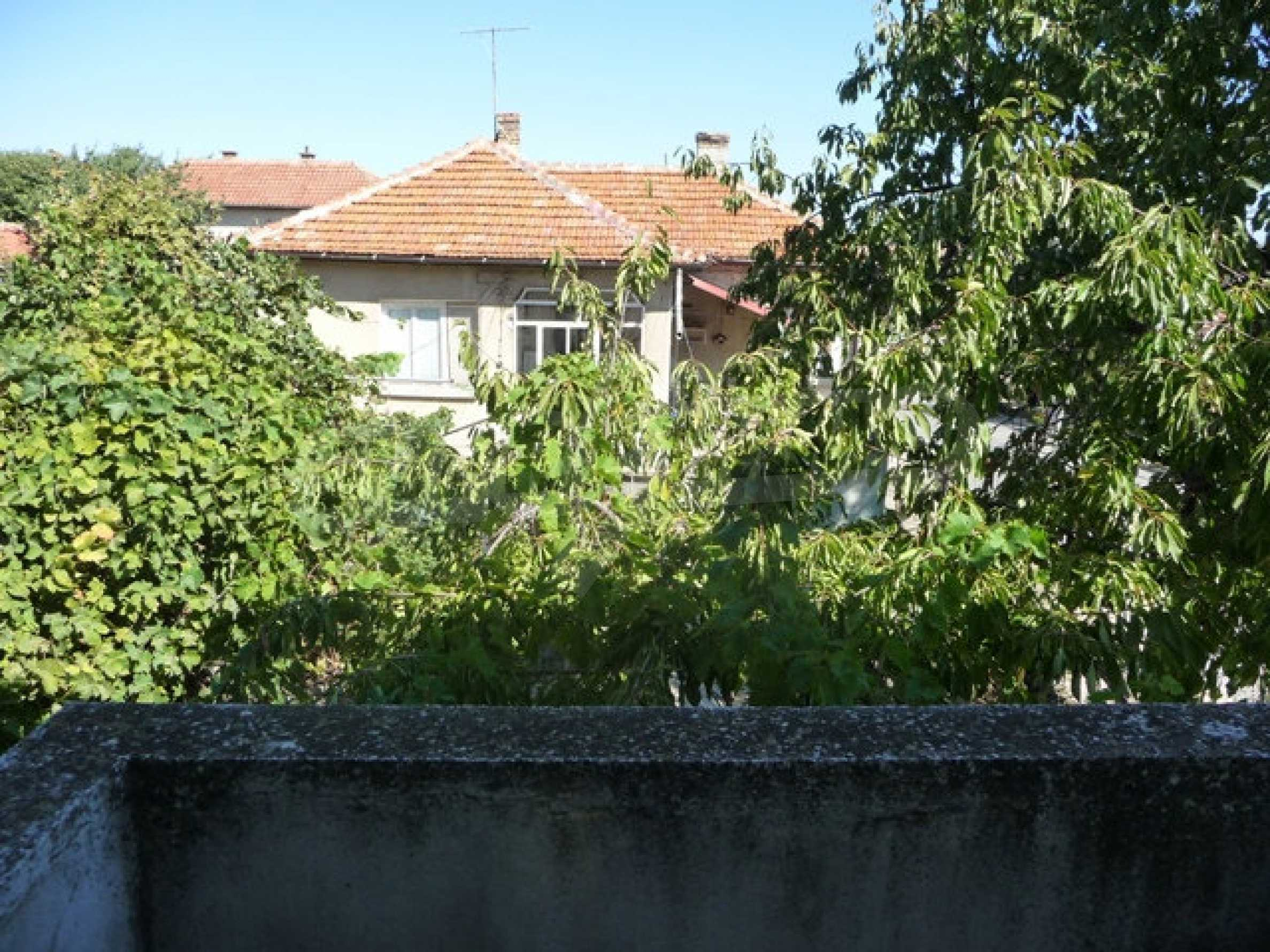 House with shop in Byala (Varna) 24