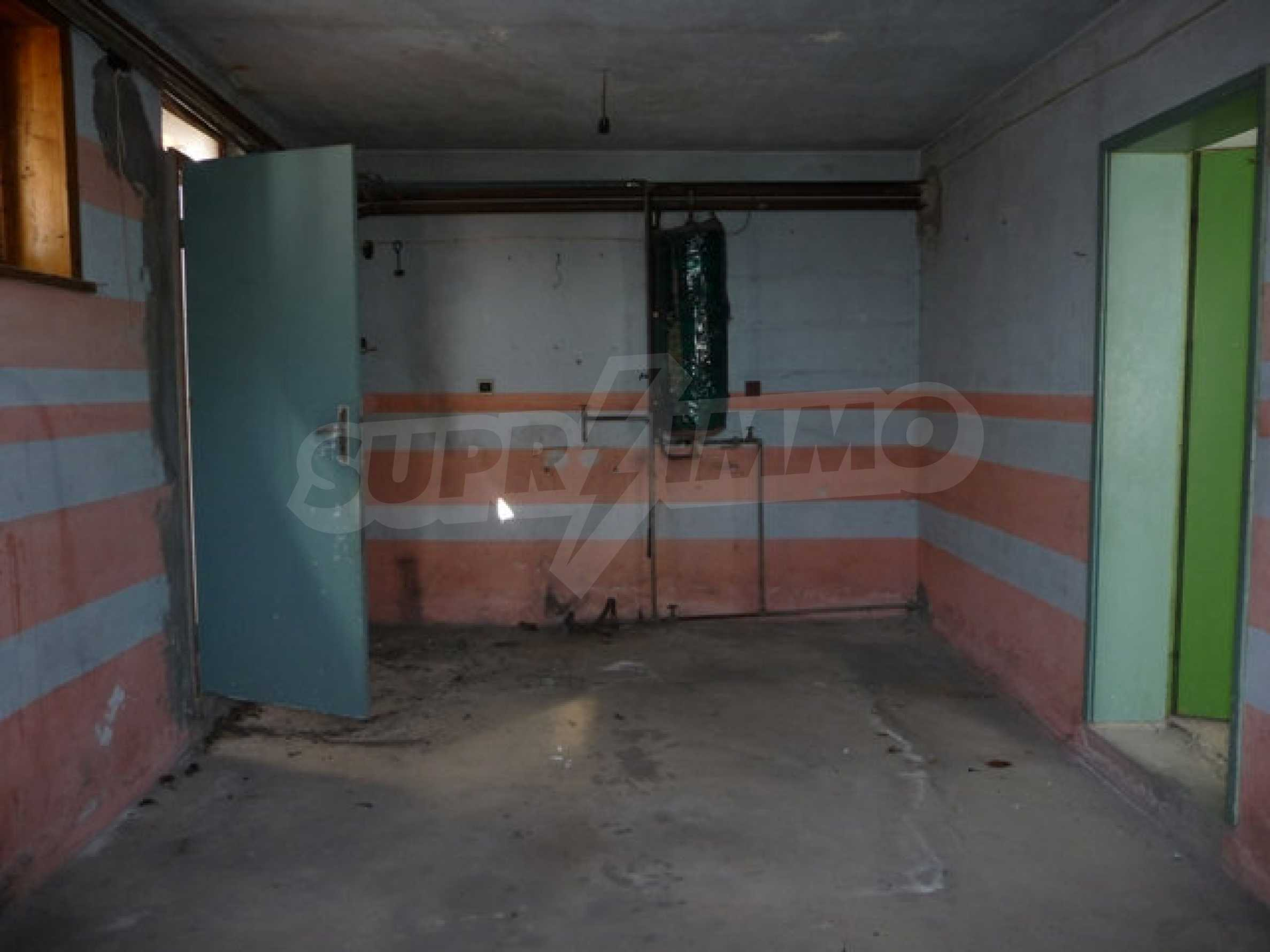 House with shop in Byala (Varna) 6