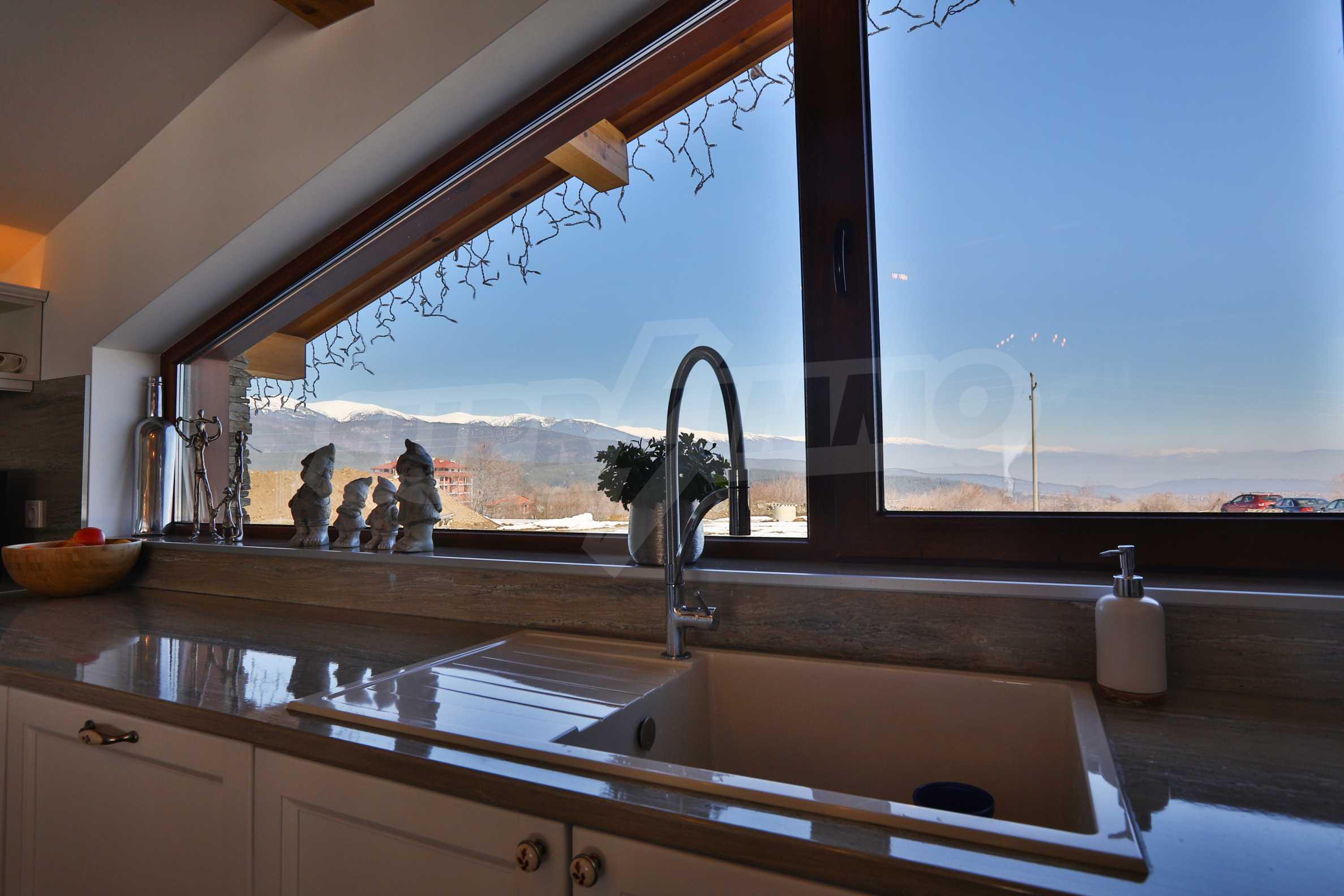 Луксозен комплекс в подножието на Пирин, до Pirin Golf and Country Club 22