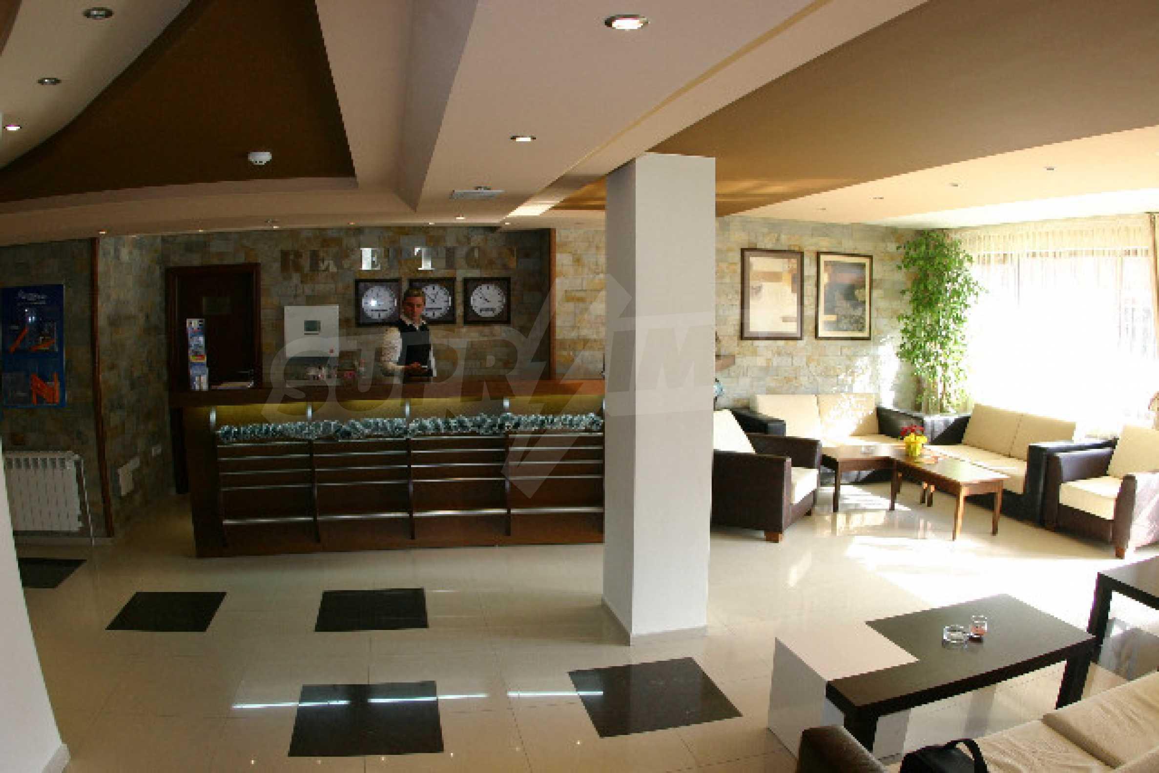Двухкомнатная квартира на продажу на курорте Банско 10
