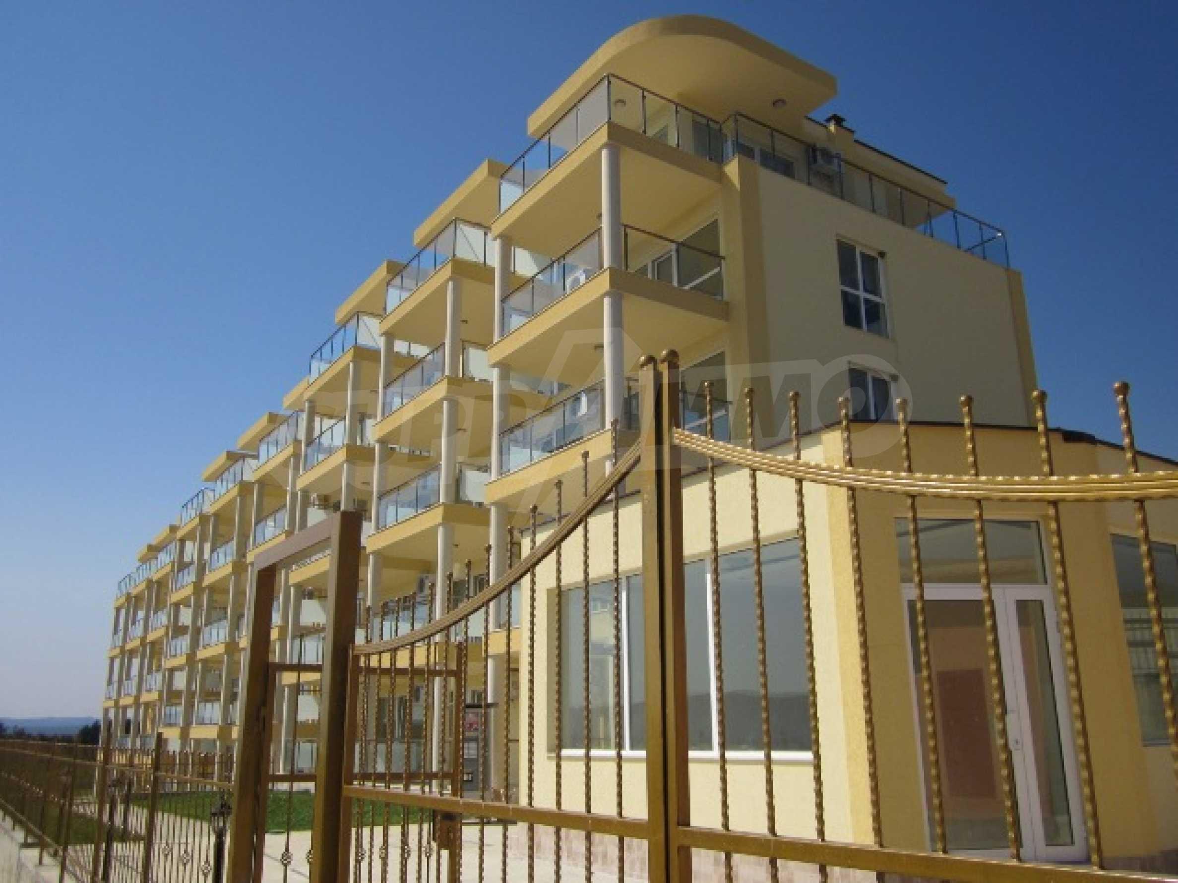 Апартаменти с морска панорама 1